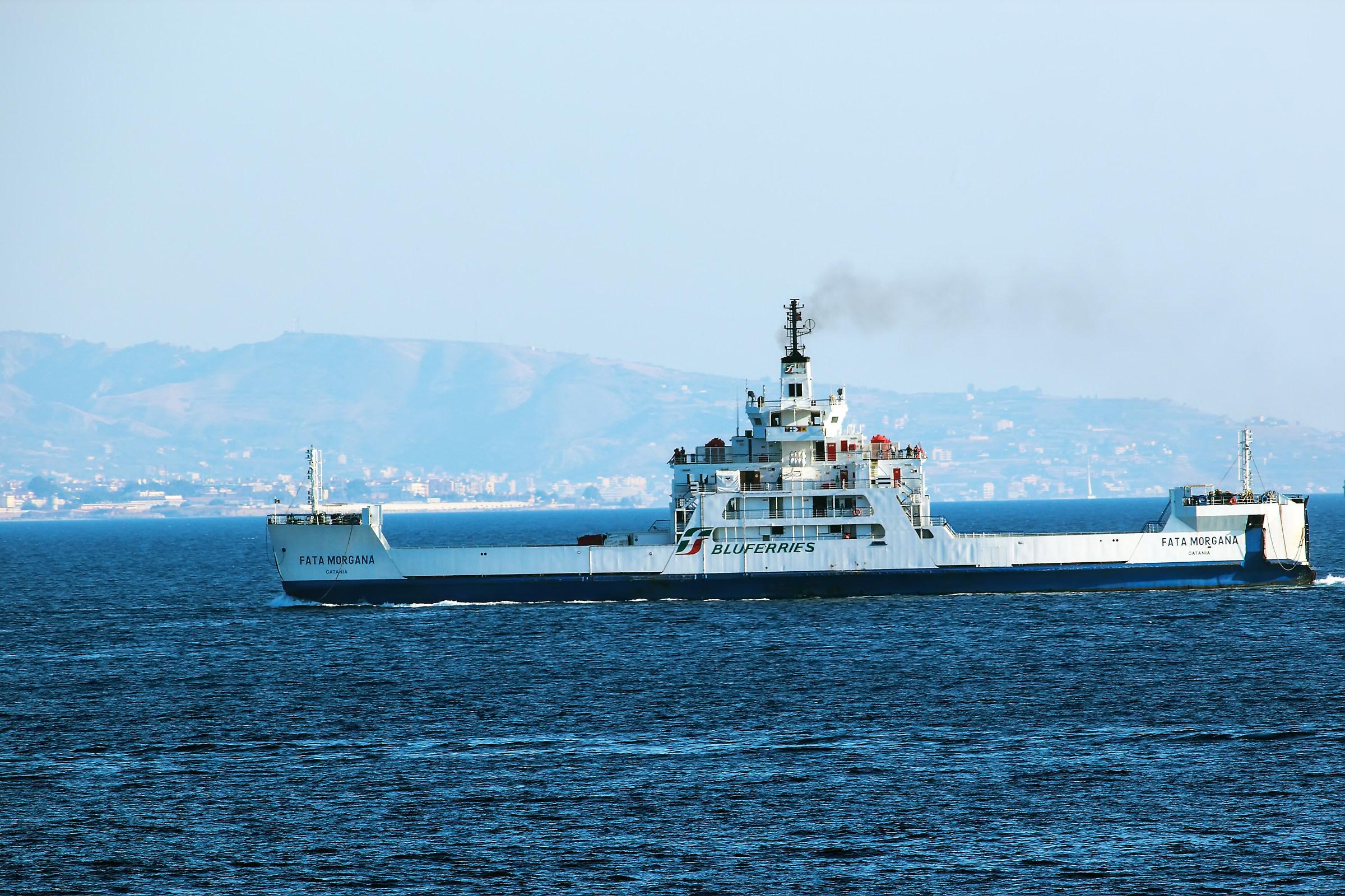 Traghetto Stretto di Messina...