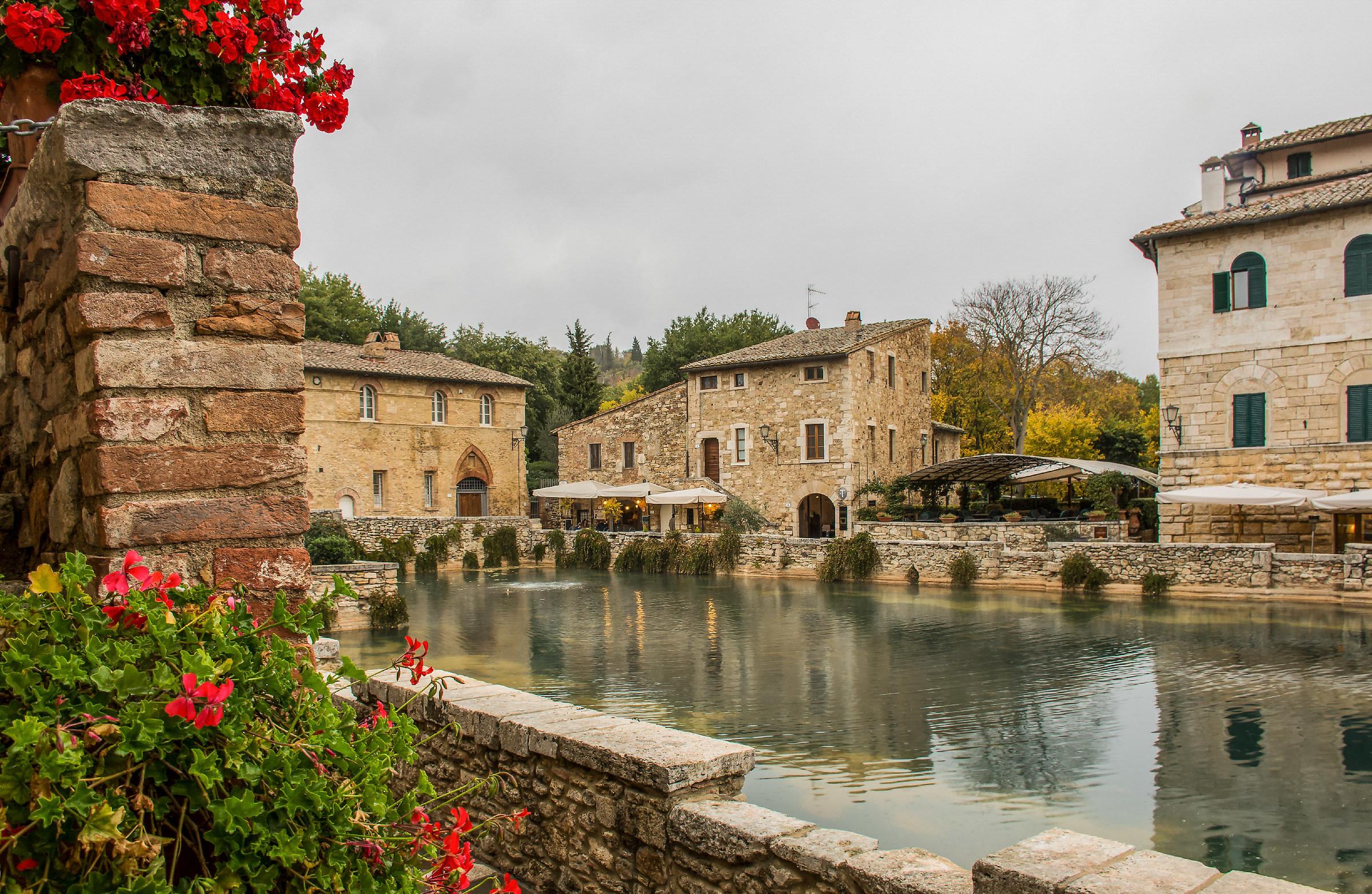 Bagno Vignoni - Val d\'Orcia | JuzaPhoto