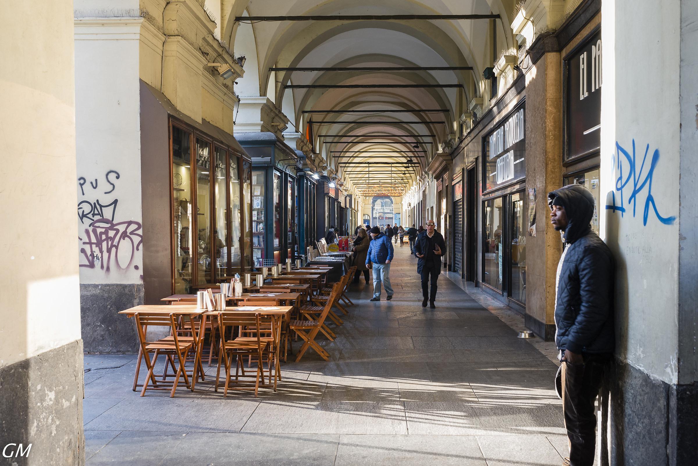 Torino - Portici piazza Carlo Alberto, presso Porta N....
