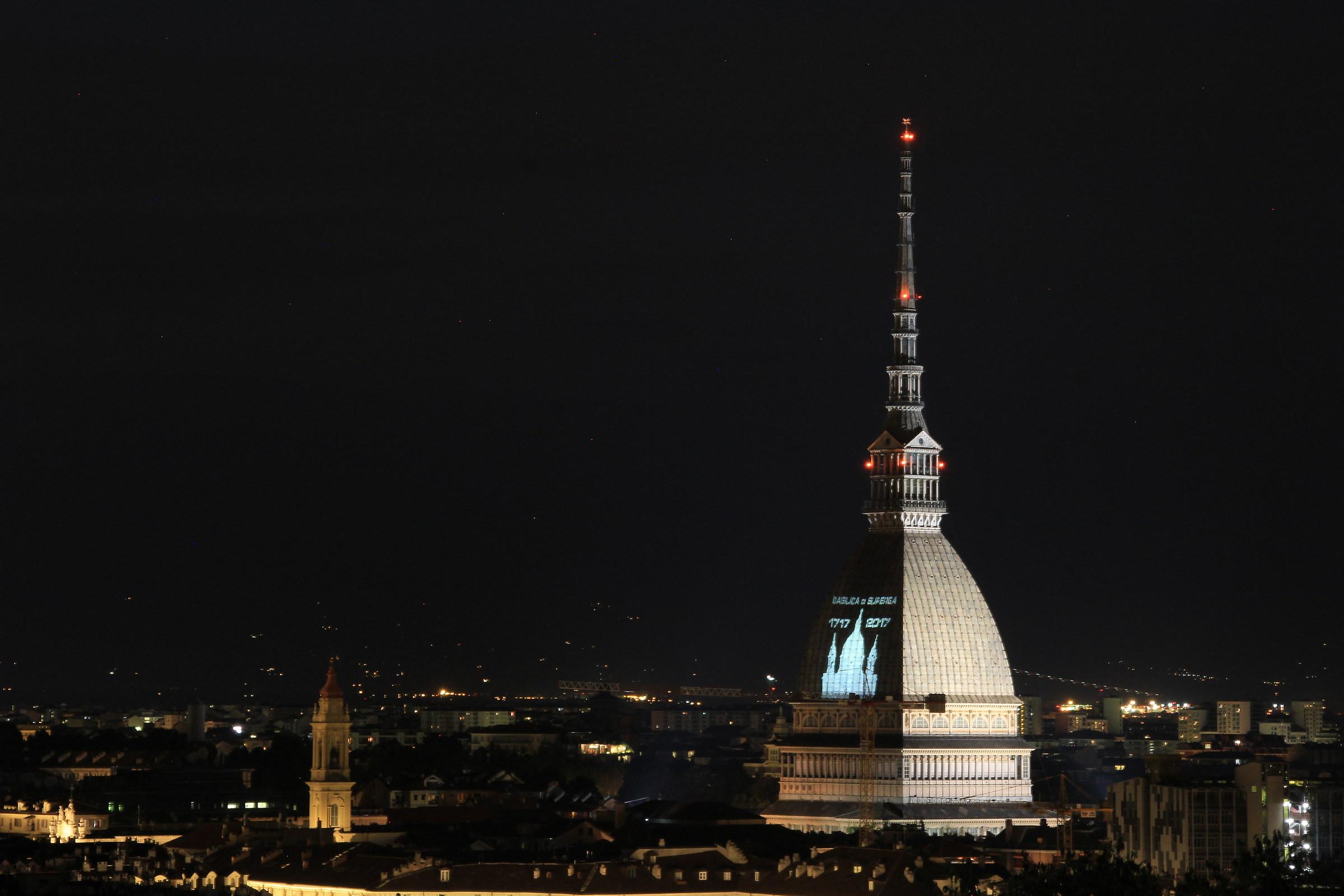 particolare di Torino - Mole Antonelliana...