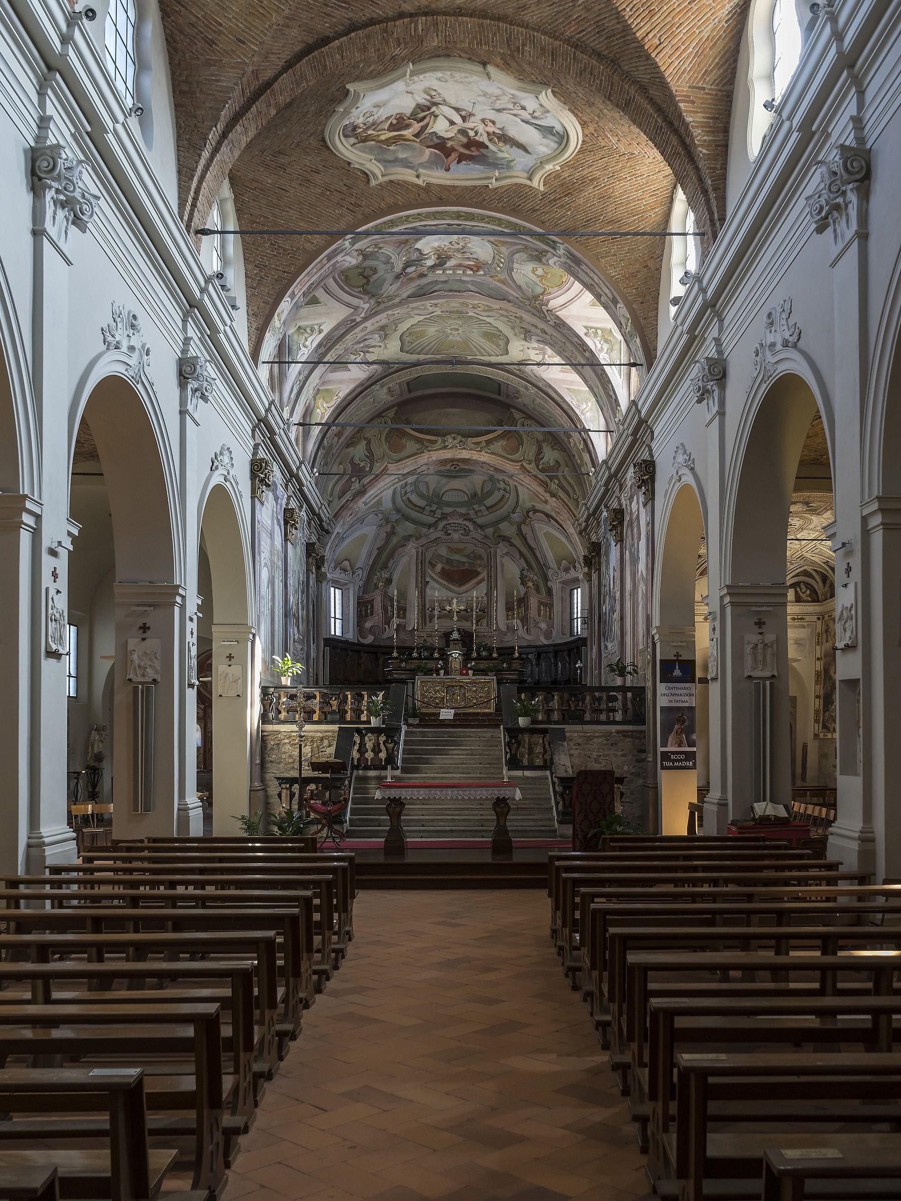 Sesto Calende -Chiesa di San Donato -Navata centrale...