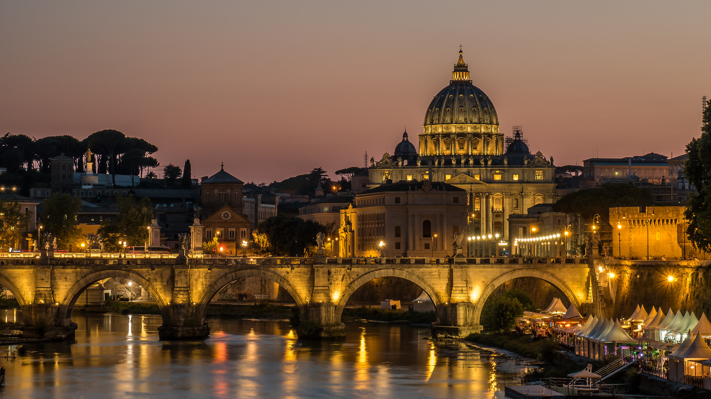 Rome. View of the dome from the Umberto I bridge...