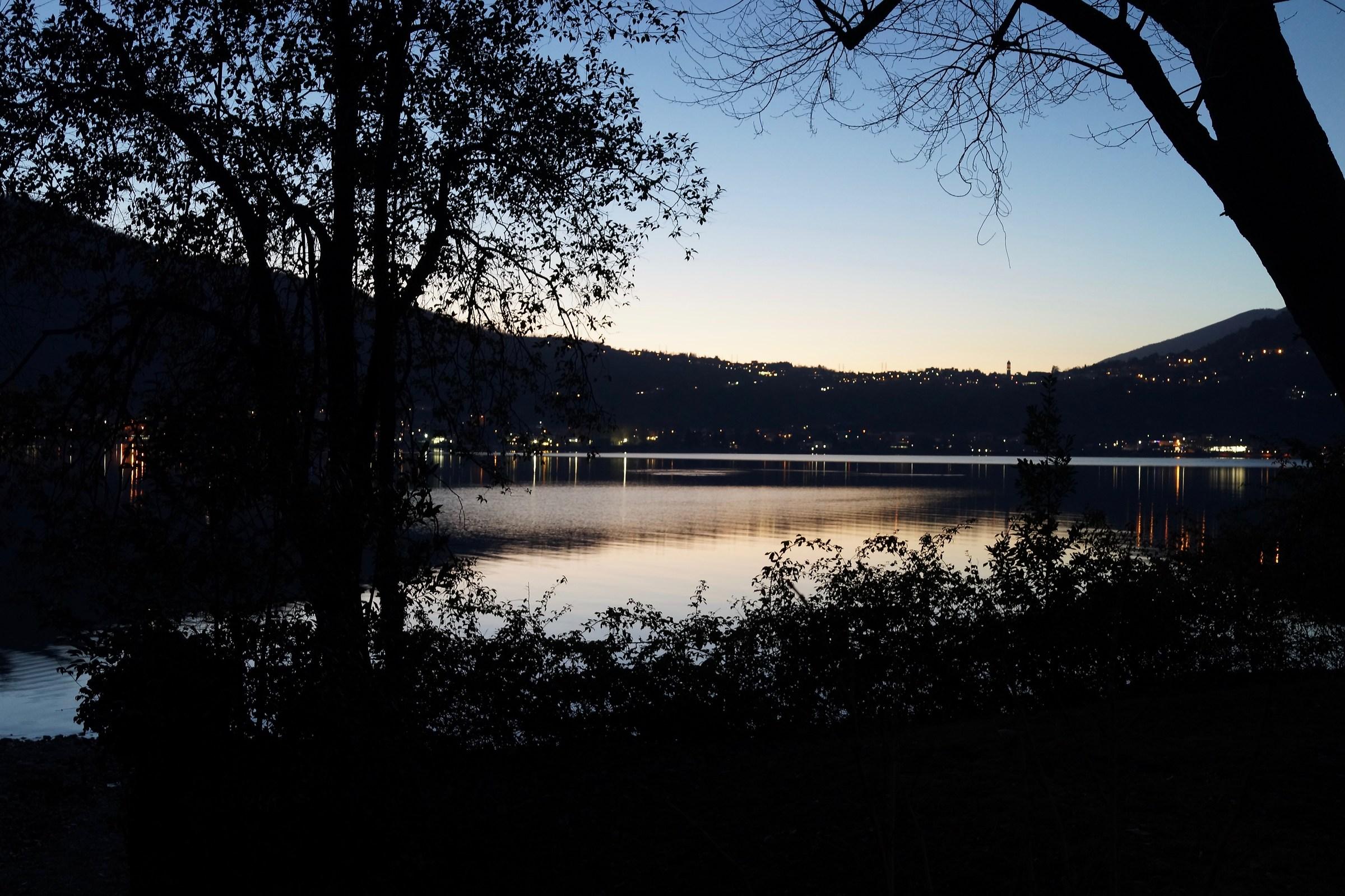 Lake of Garlate, twilight...