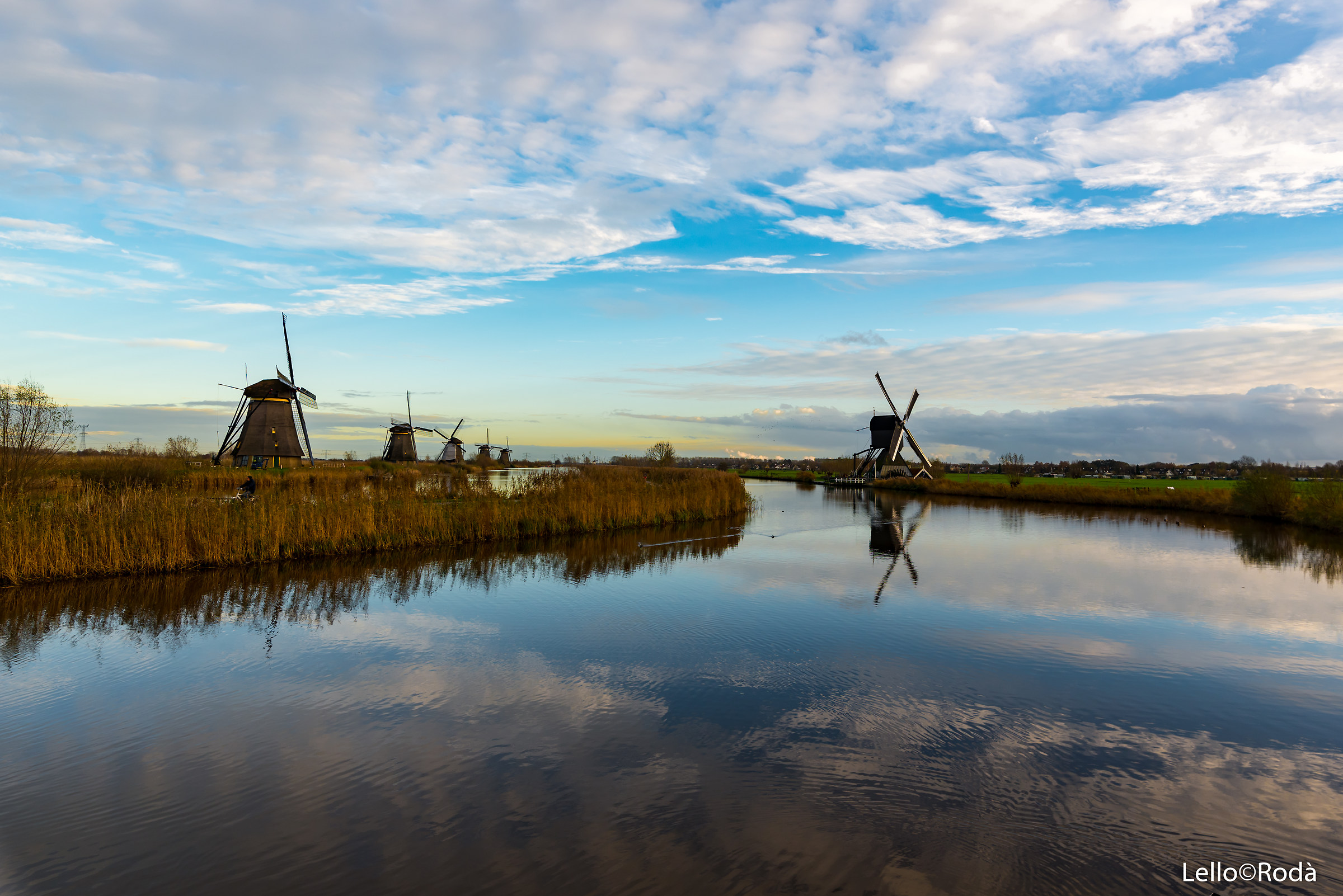 Kinderdijk-Holland 3...