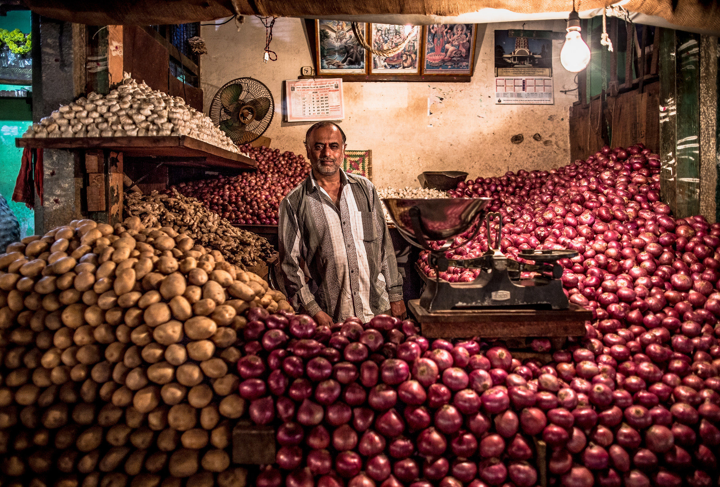 The man of onions...