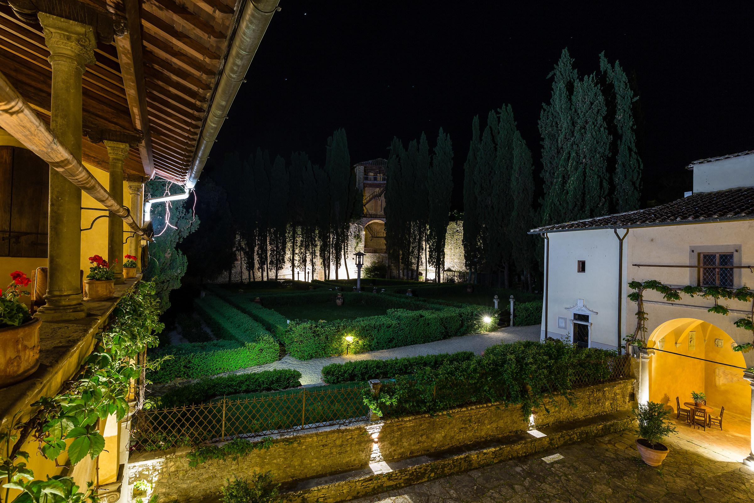 Inside the Tuscan farmhouses...