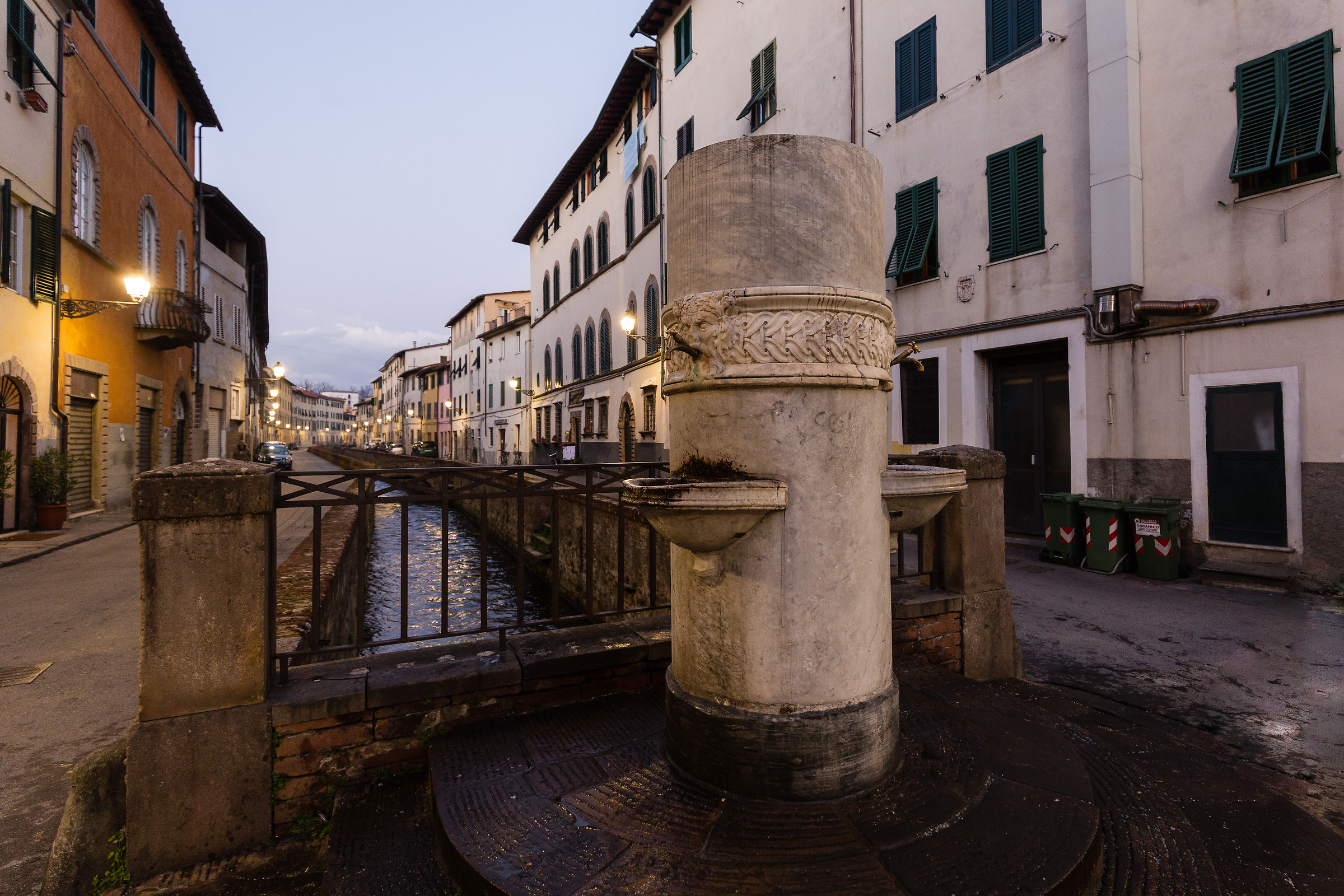 Lucca and its canal...