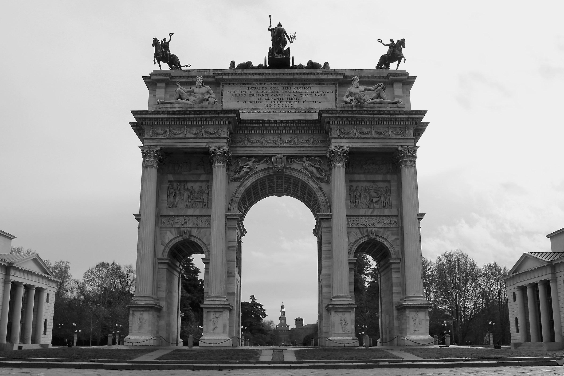Milanese symmetry...