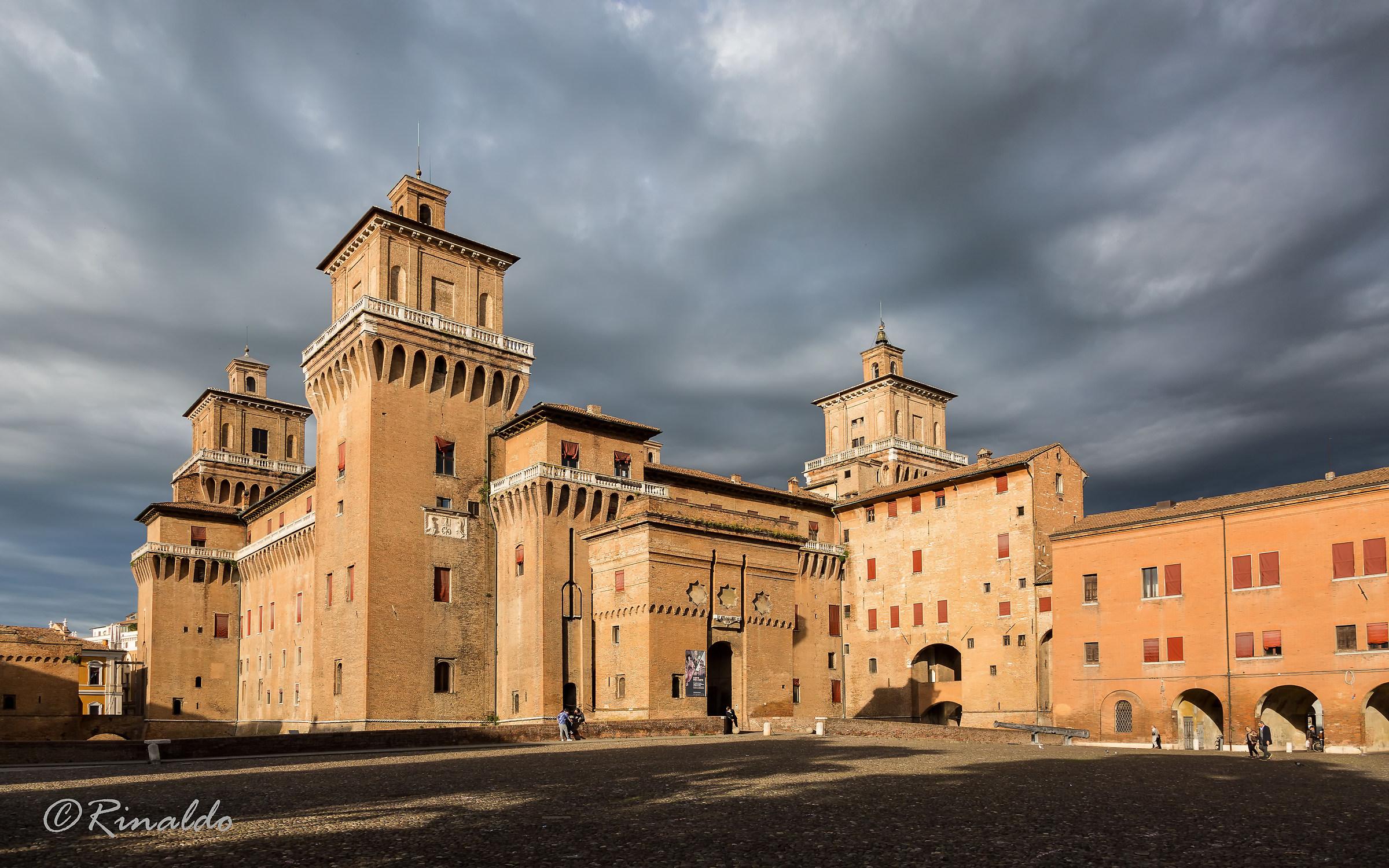 The Estense castle of Ferrara...