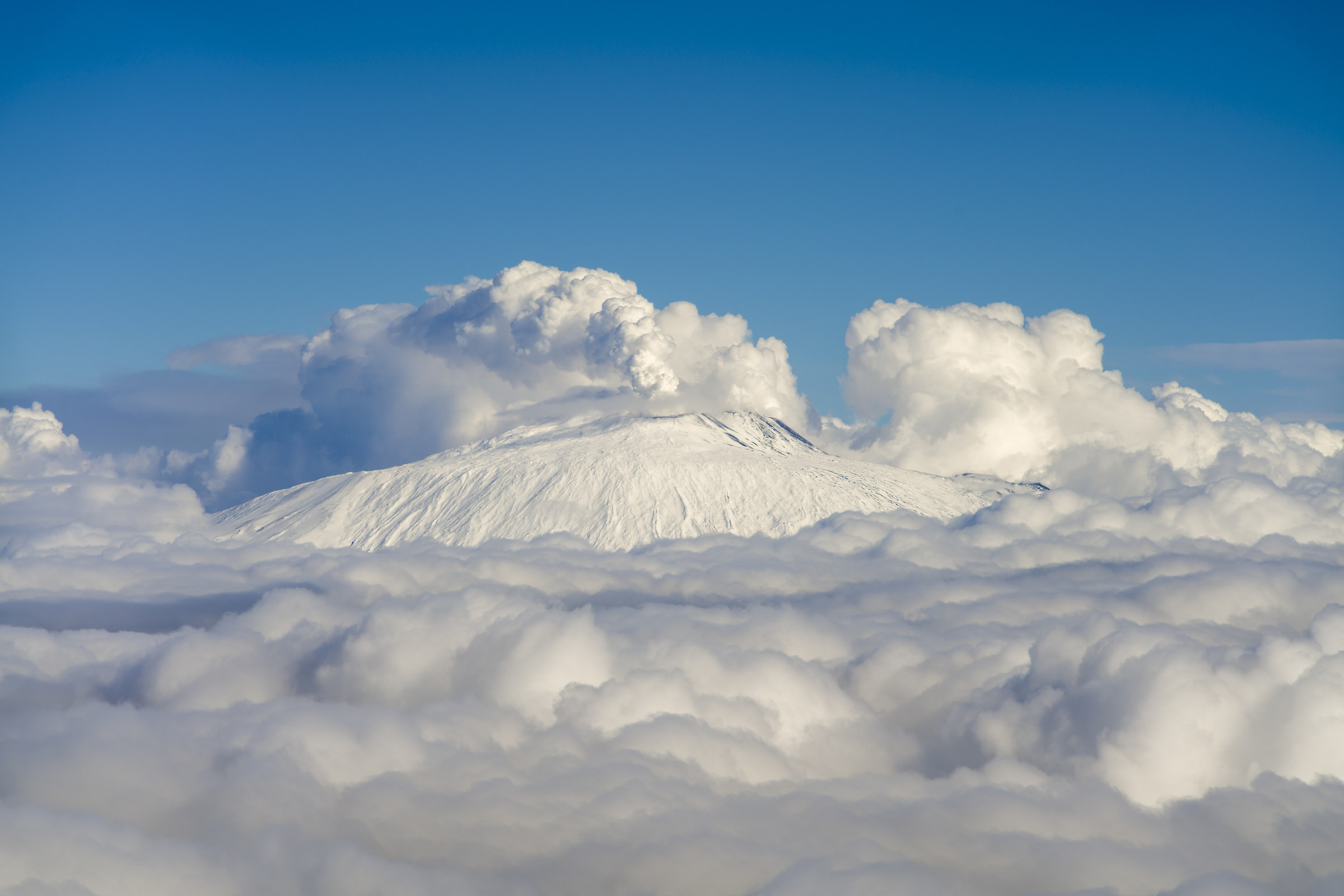 Etna - imperious beyond the clouds...