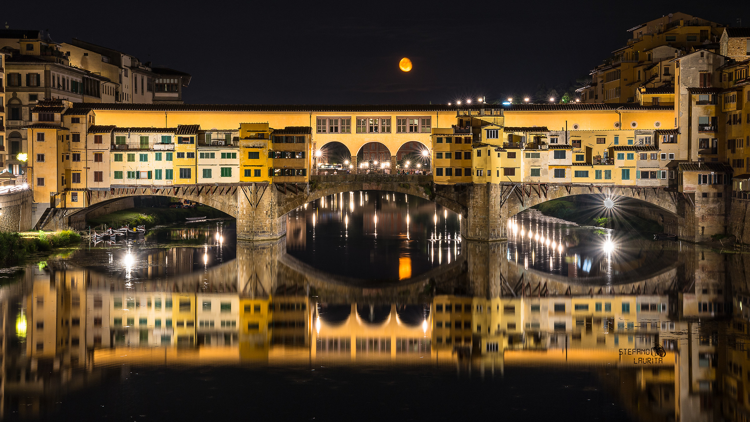 Flaming moonlight on Ponte Vecchio...