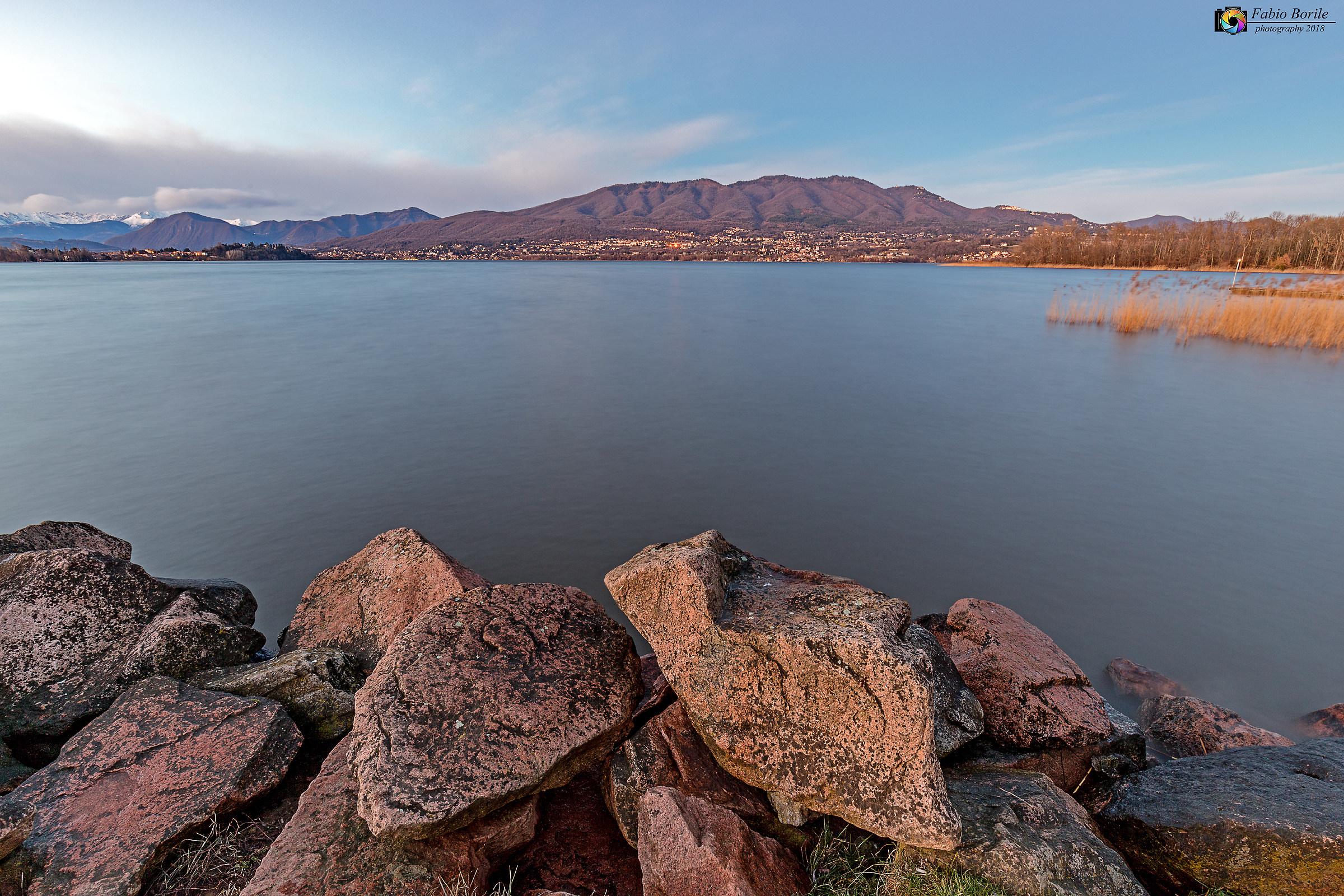 Lago di Varese da Cazzago Brabbia...