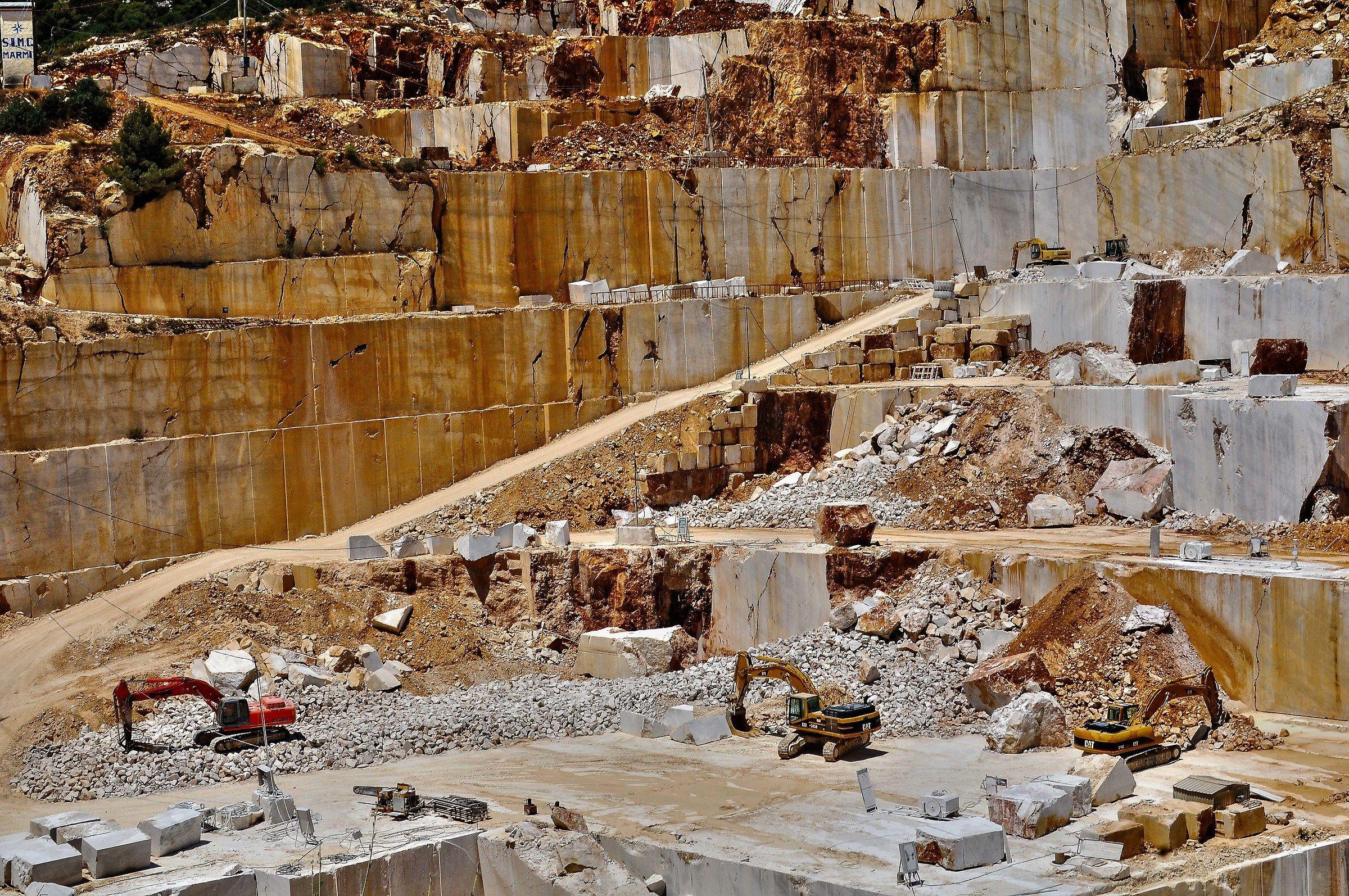 quarry 1...