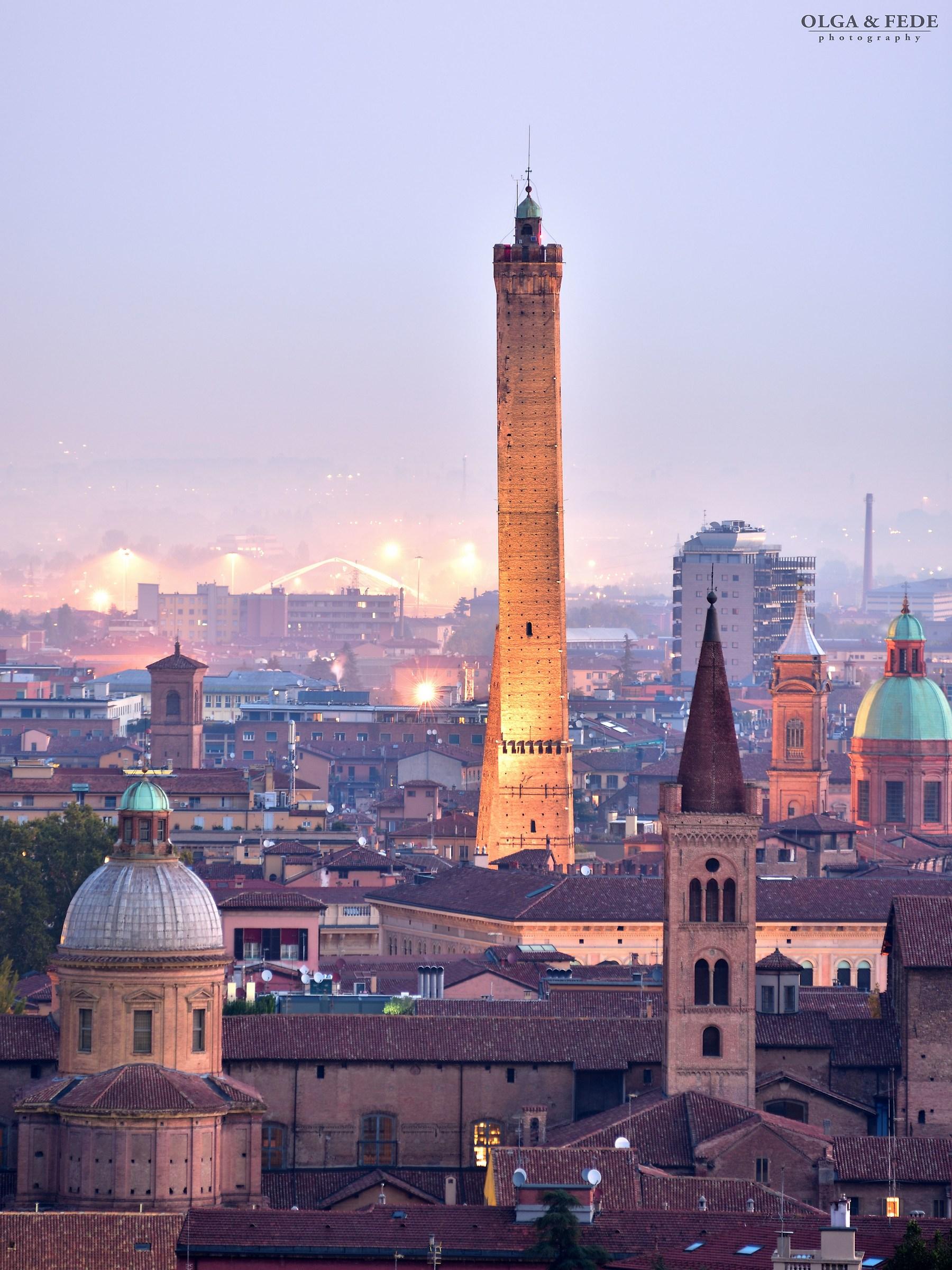 Torre degli Asinelli...