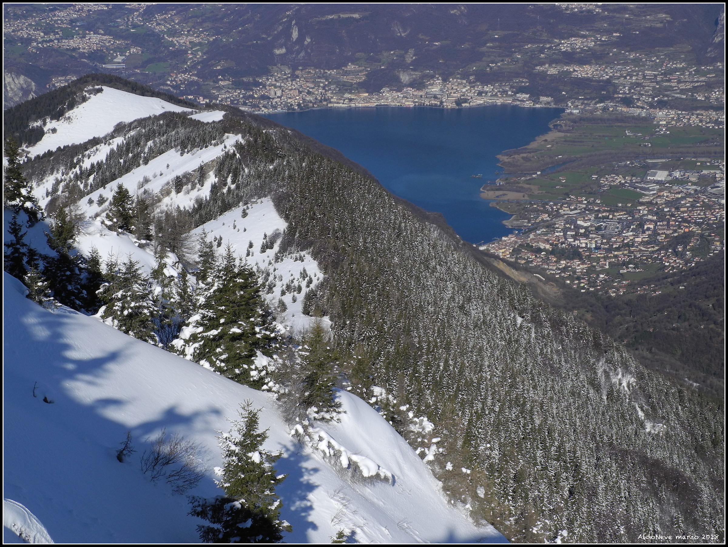 Paesaggio Norvegese sul Lago d'Iseo....