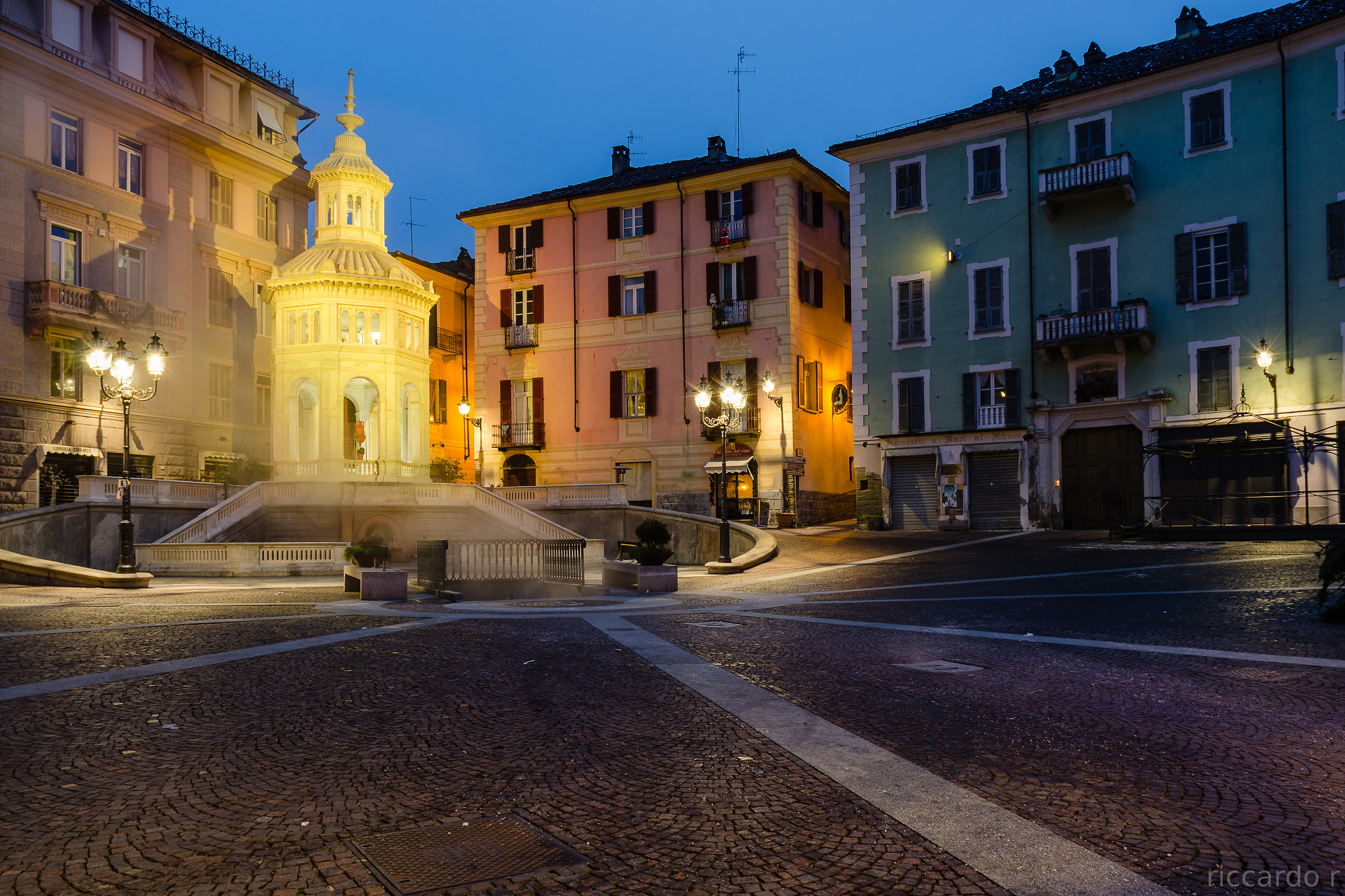 Piazza della bollente, Acqui Terme...
