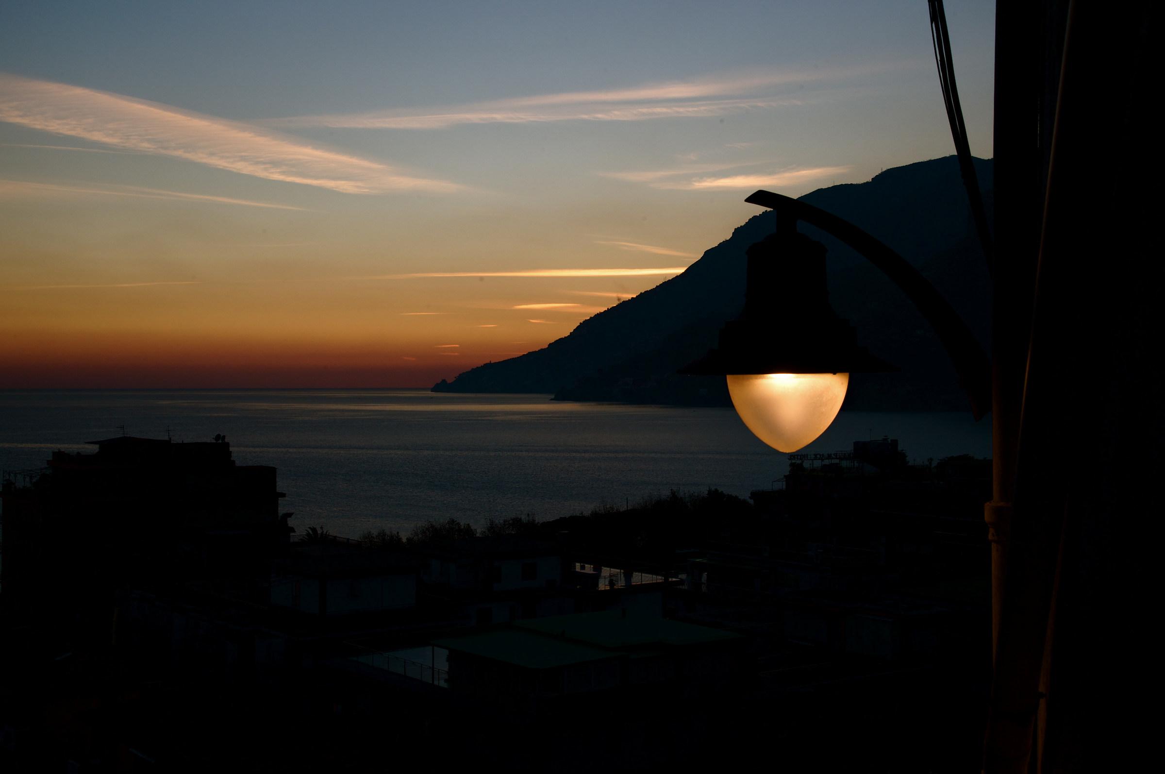 Light_2...