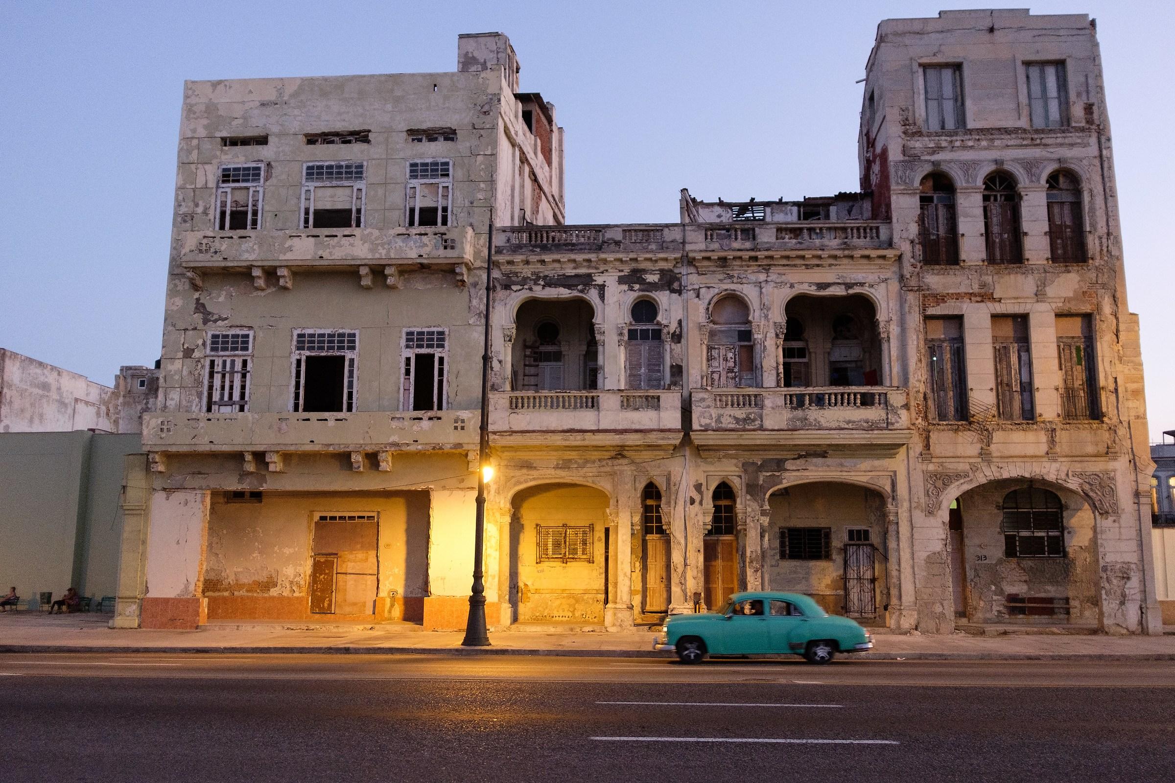 Havana - Malecon -...