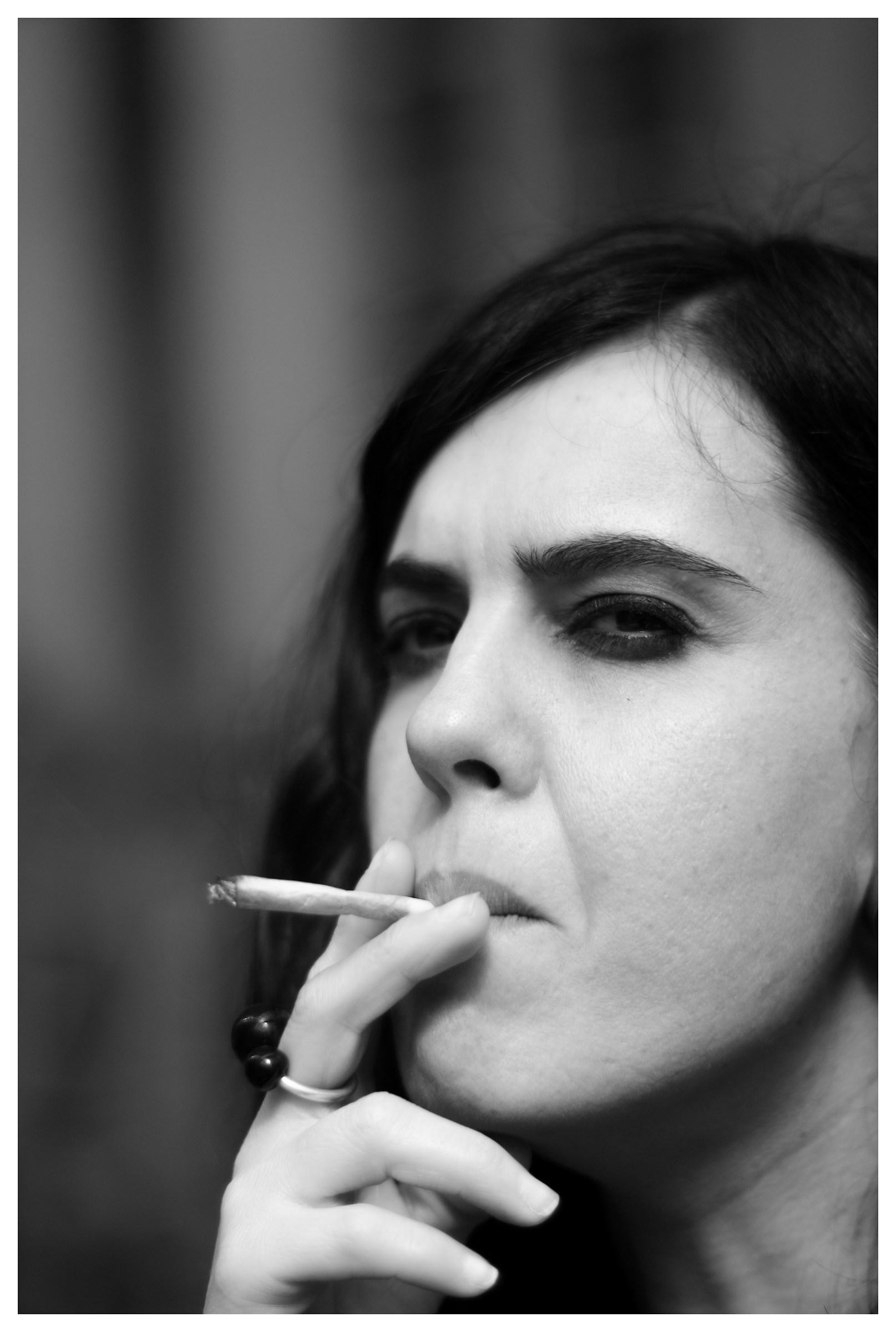Beautiful that you smoke ......