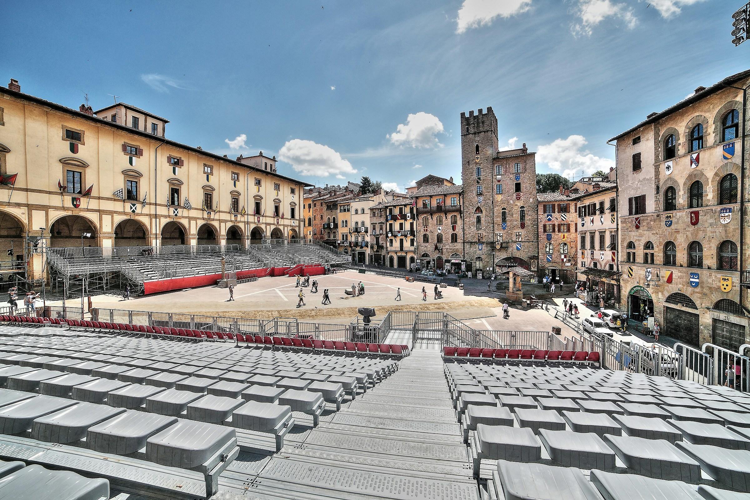 Piazza Grande is waiting...