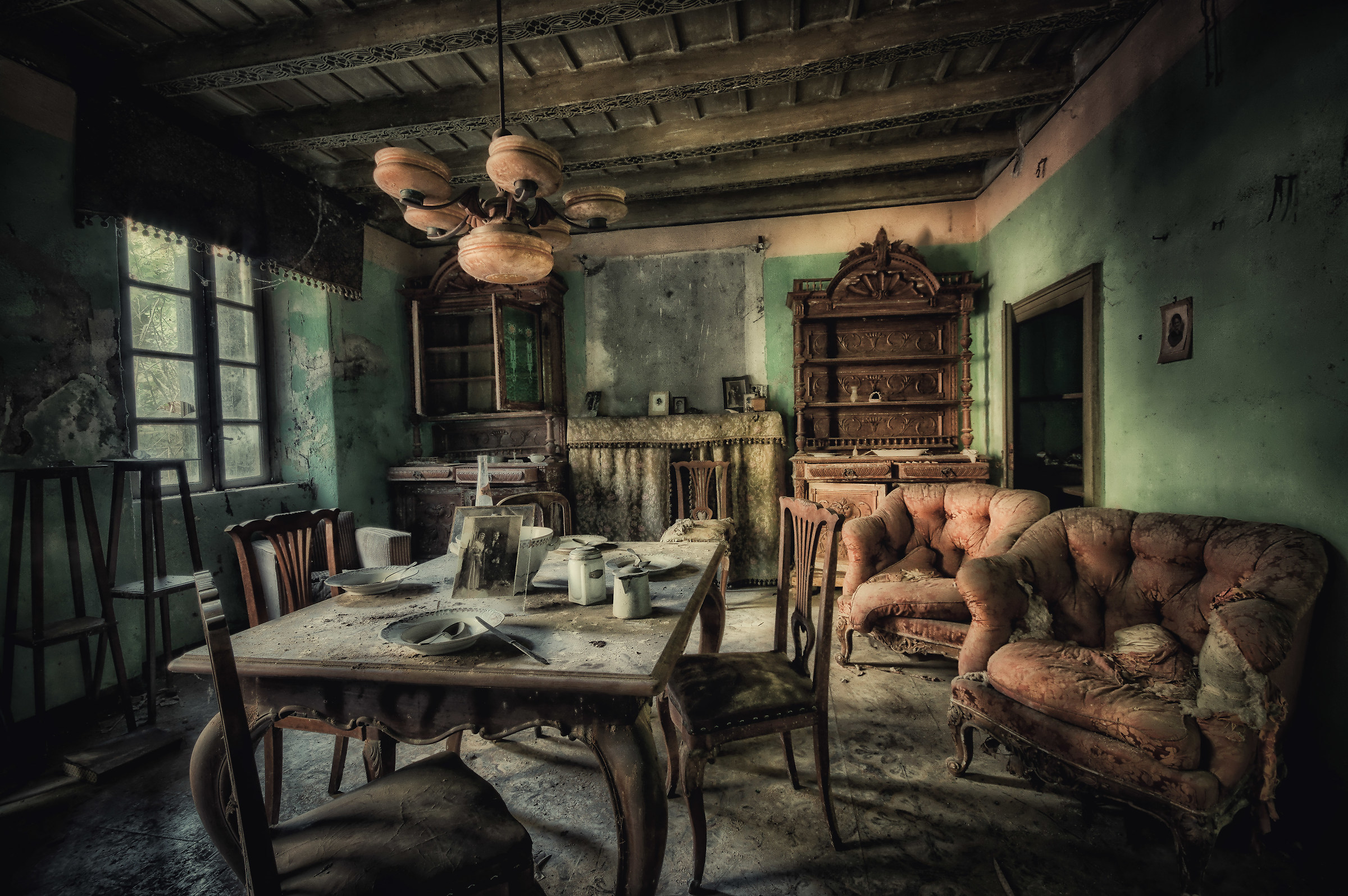 """La sala da pranzo del """"Baffo""""...   JuzaPhoto"""