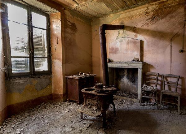 Vecchia cucina juzaphoto - Modernizzare vecchia cucina ...