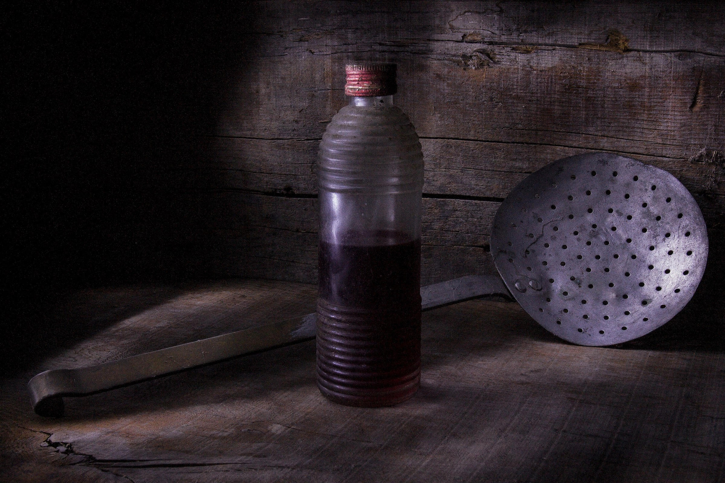 Oil and colander...