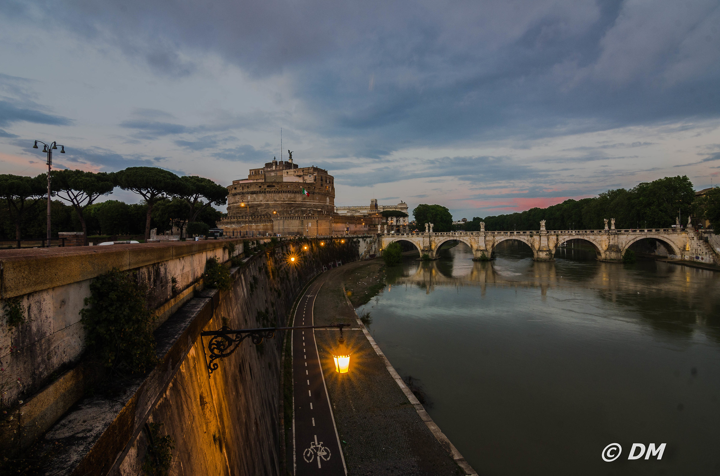 The Tiber at dusk...