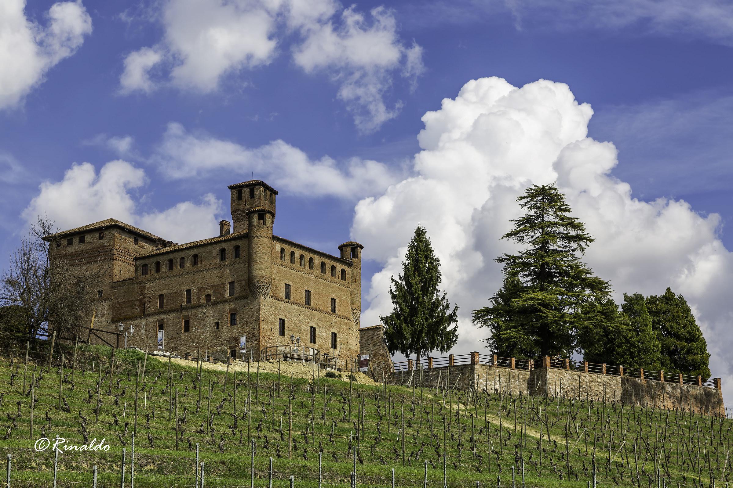 Castle of Grinzane Conte di Cavour...