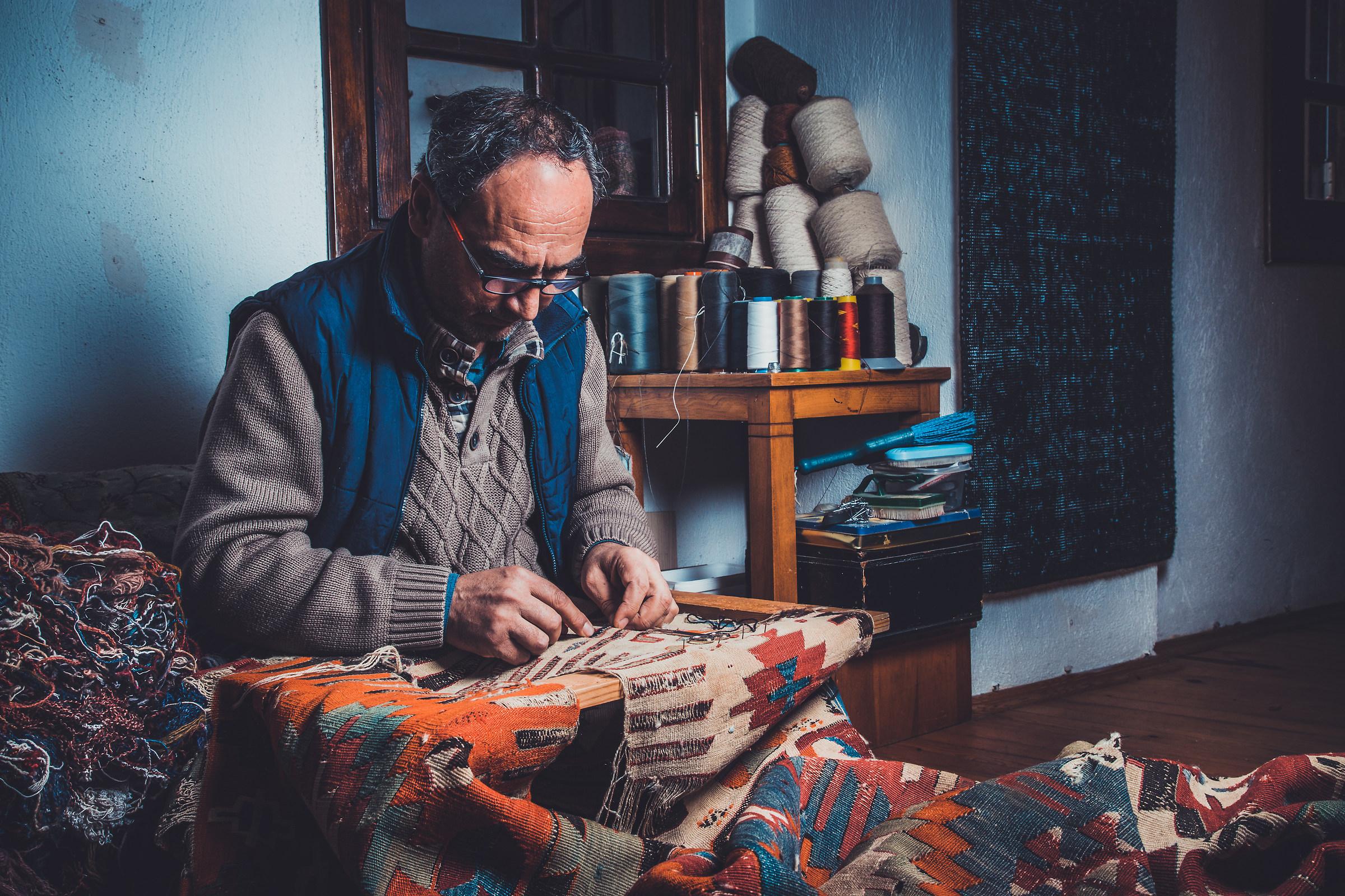 Carpet repairman: Old thread for old carpet...