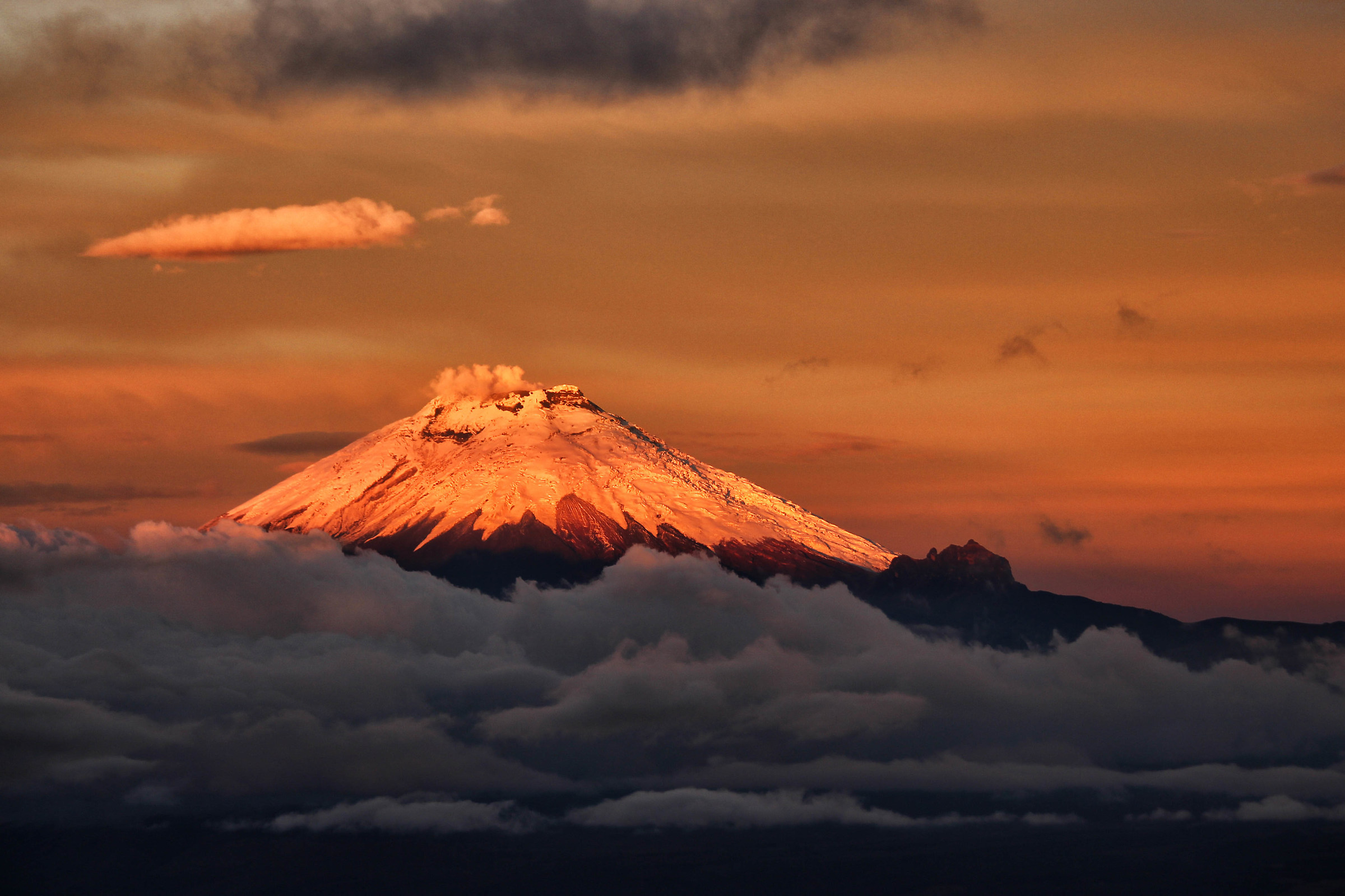 Vulcano Cotopaxi al tramonto...