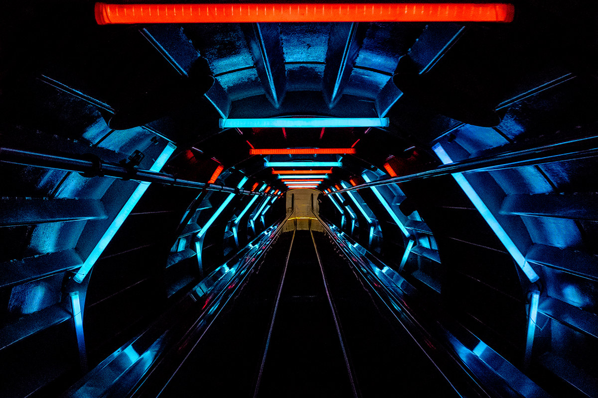 Atomium, the tunnel...