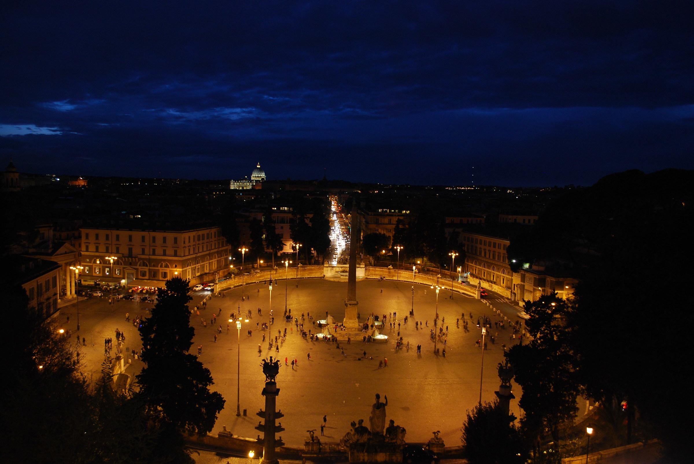 Piazza del Popolo ...