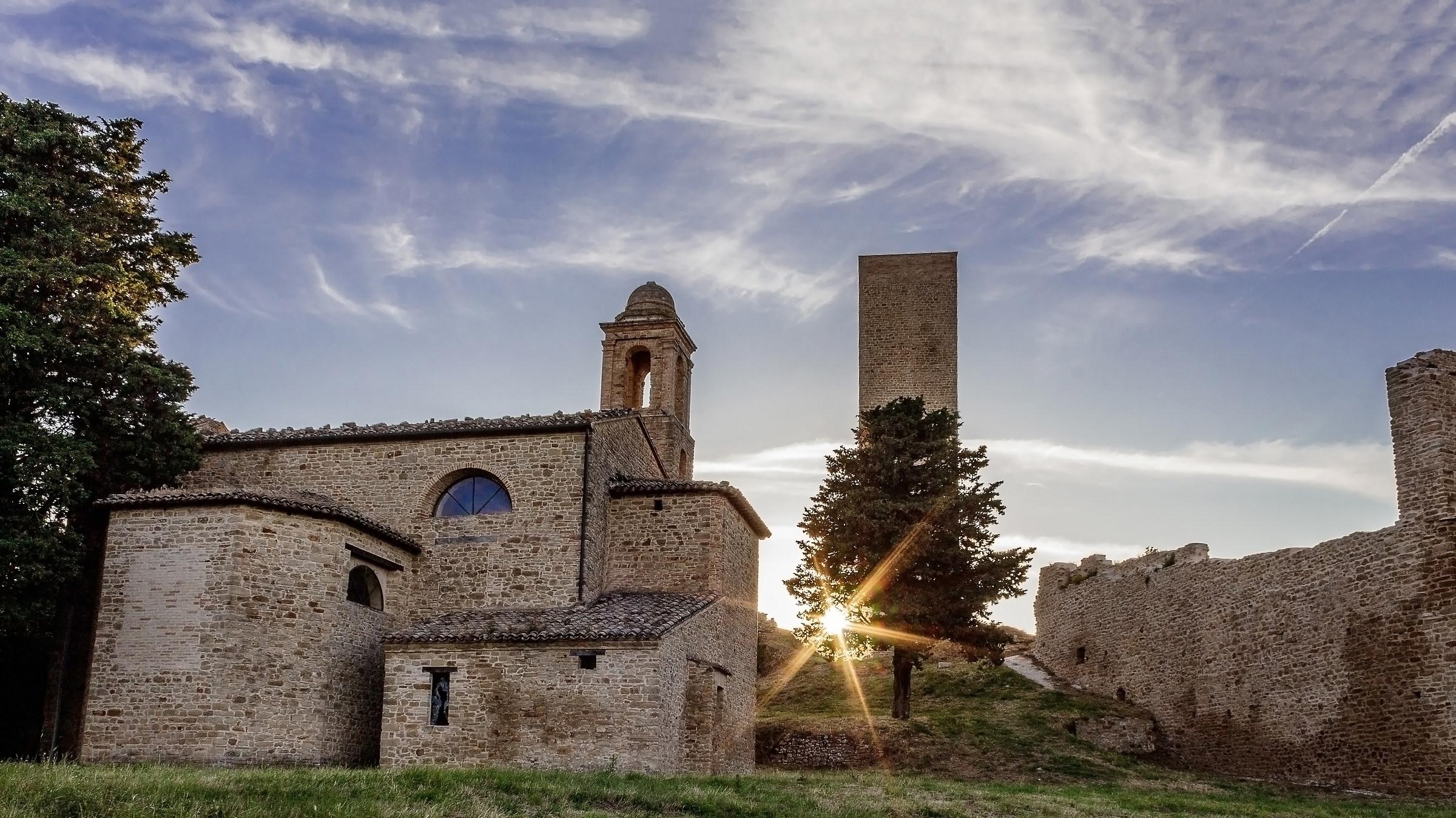 Torre di Pitino-Macerata...
