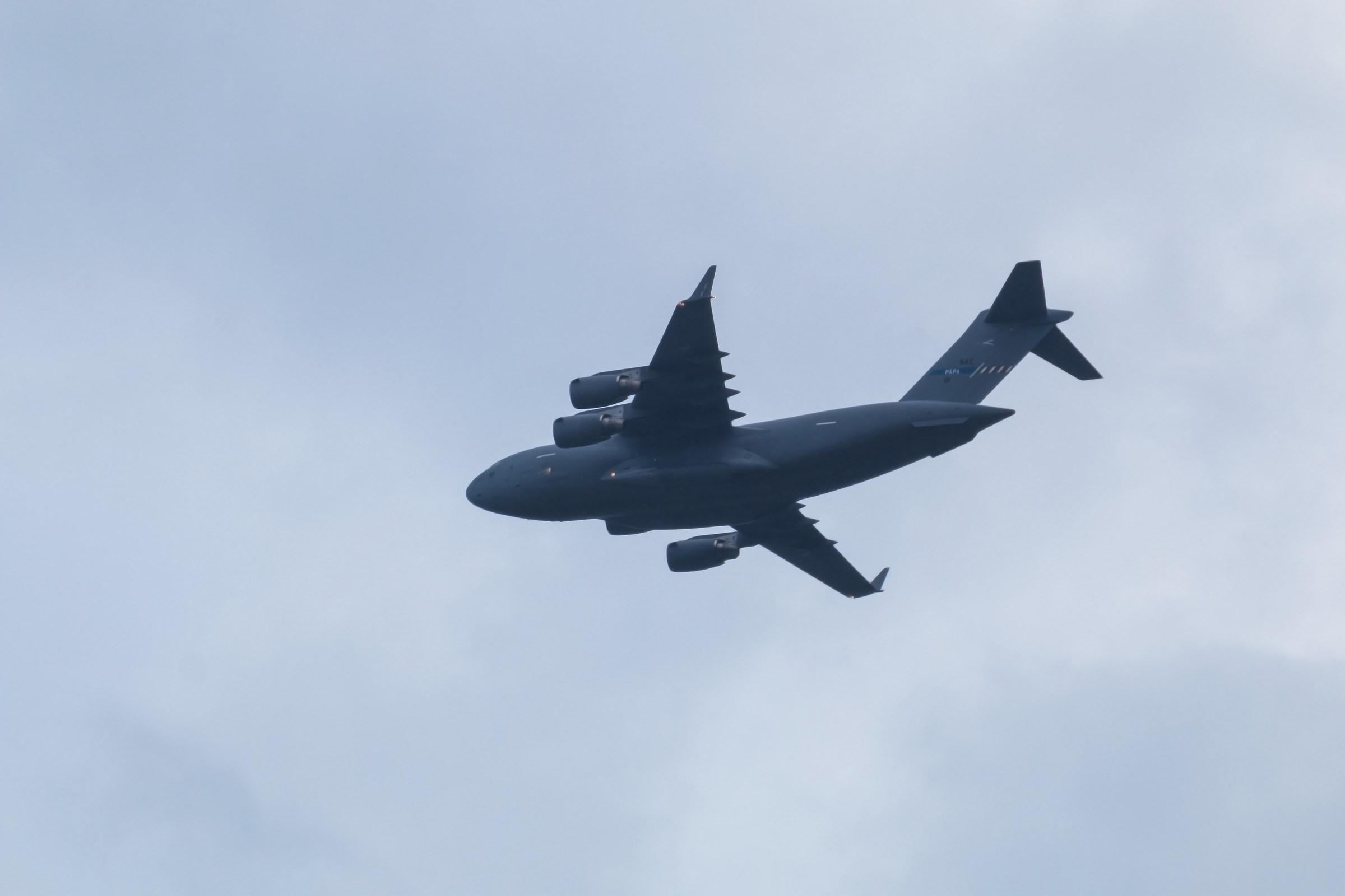 Boeing c-17...