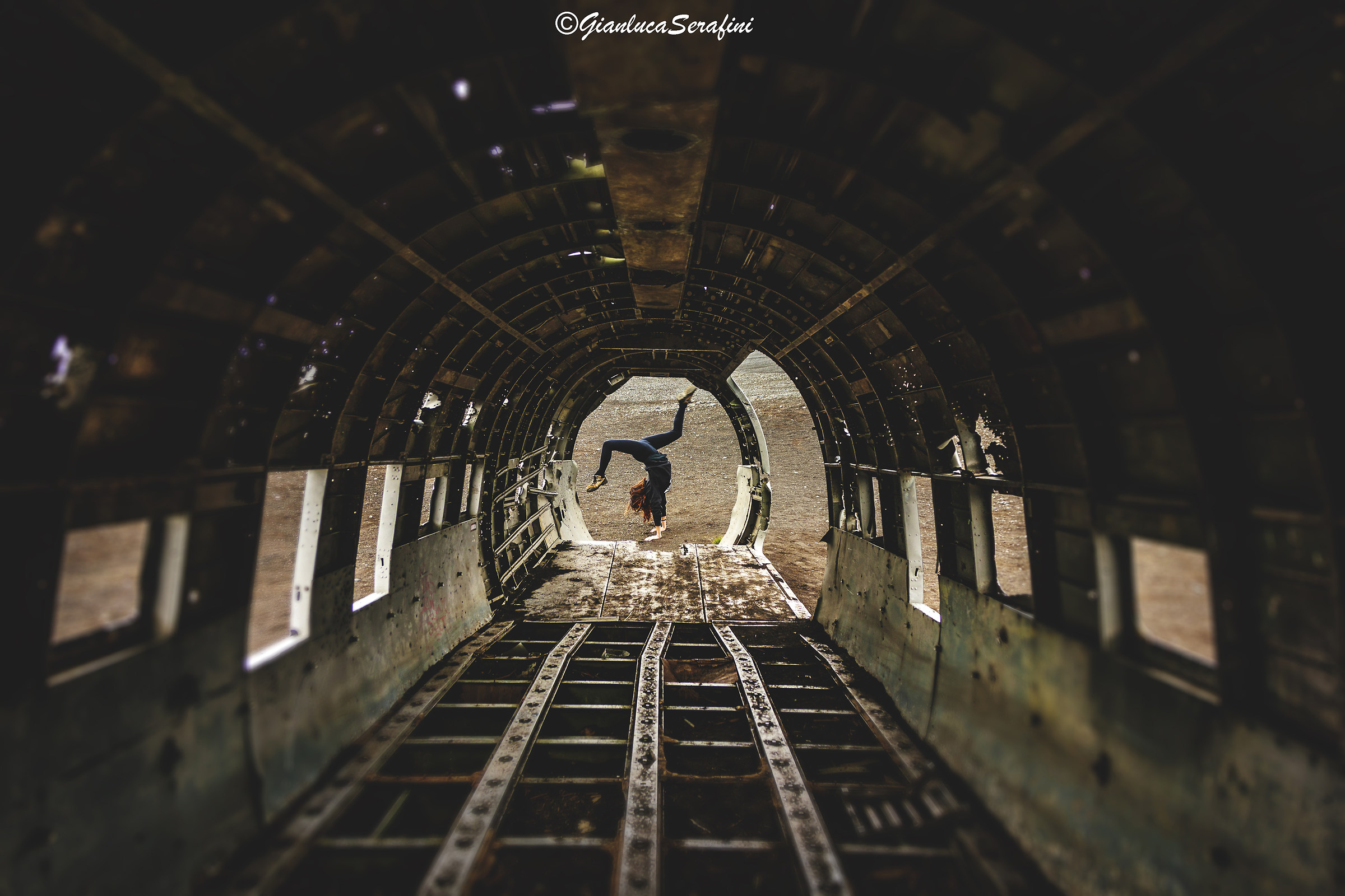 Dancing in the plane Wreck-Iceland...