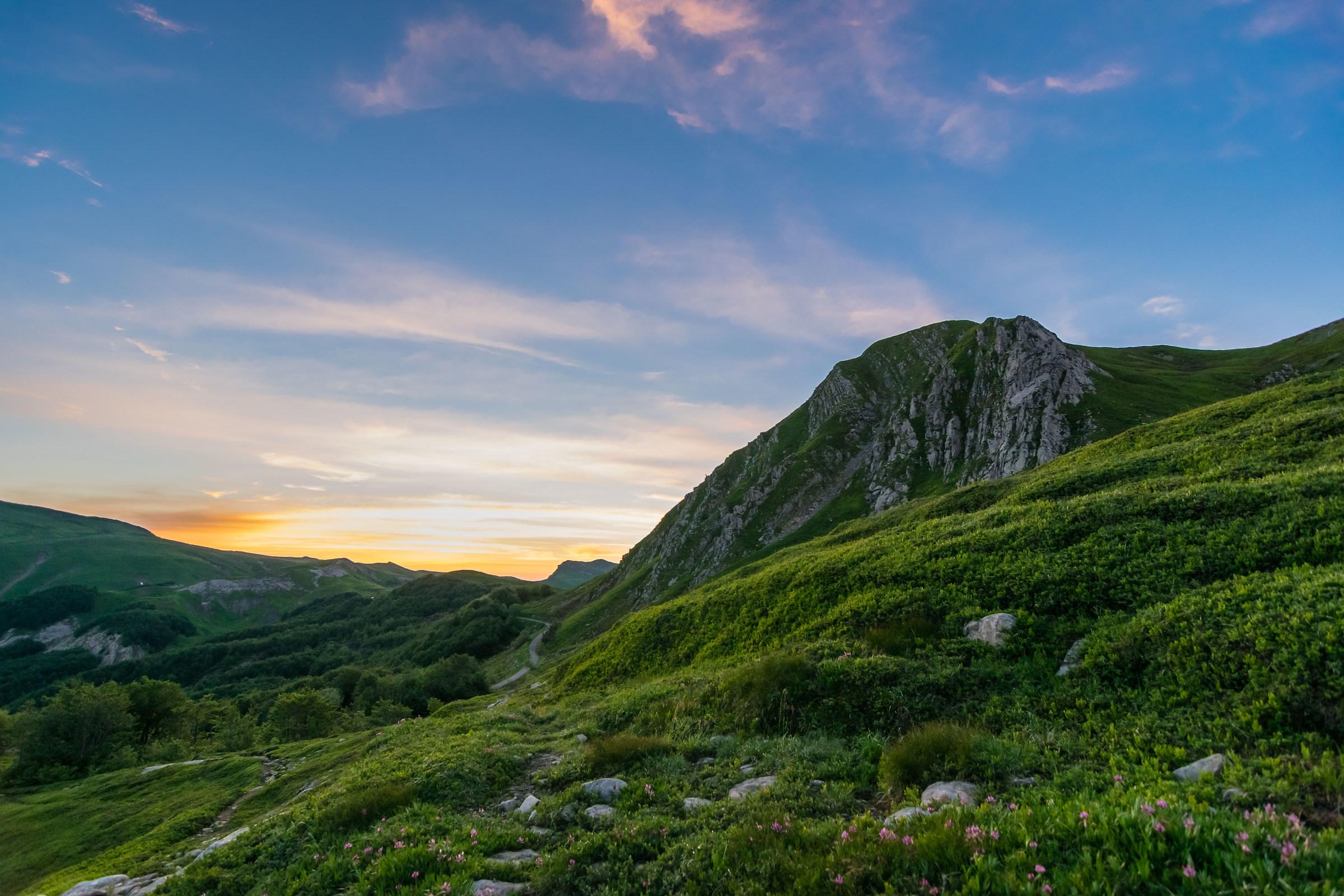 Alba dalle pendici del monte Prado...