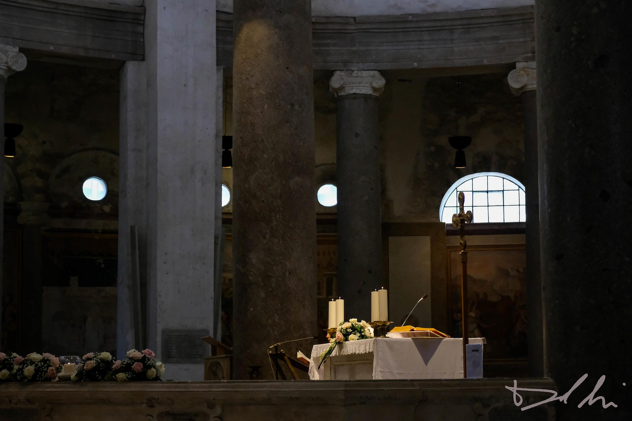 Interno Santo Stefano Rotondo...