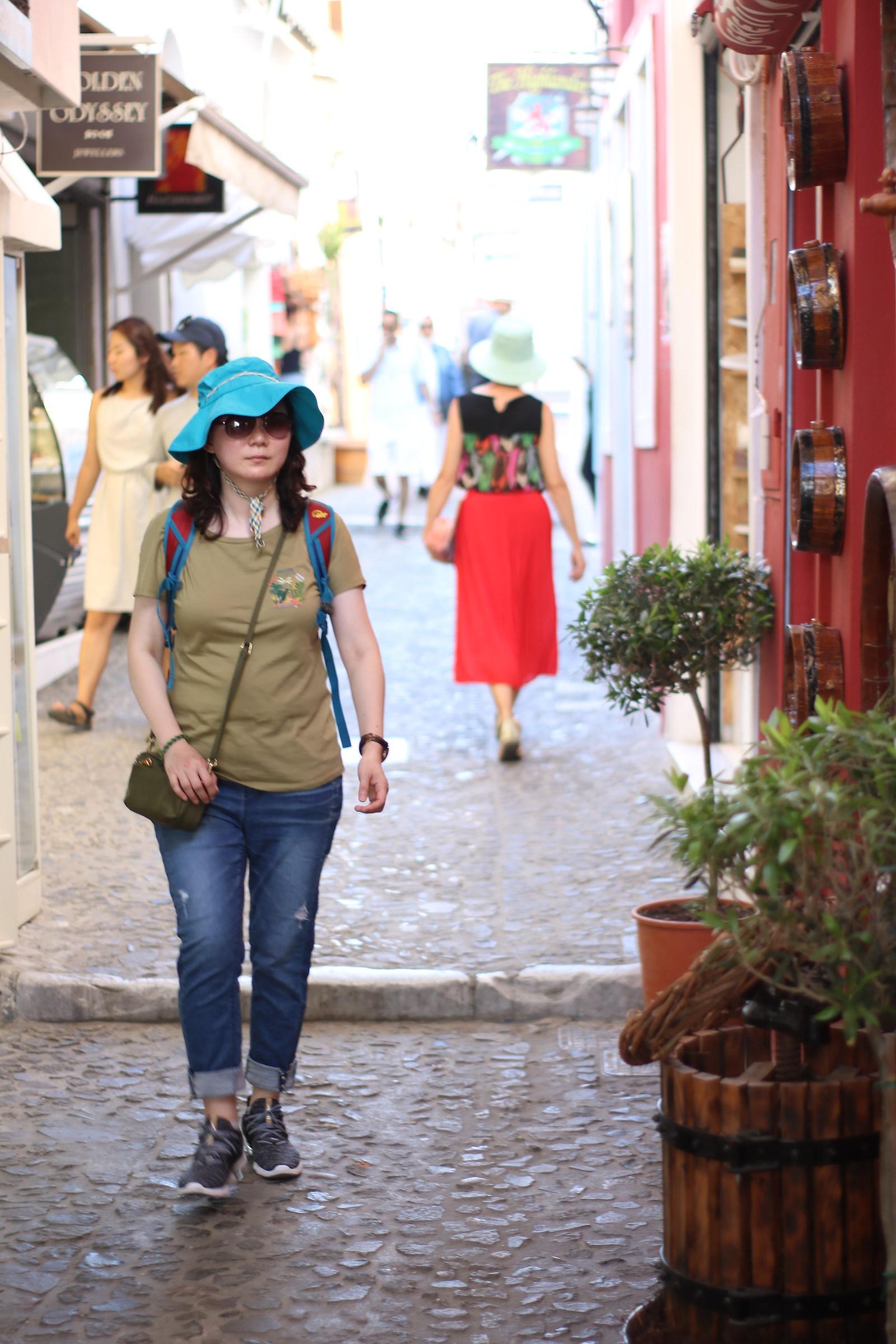 La donna con il cappello...
