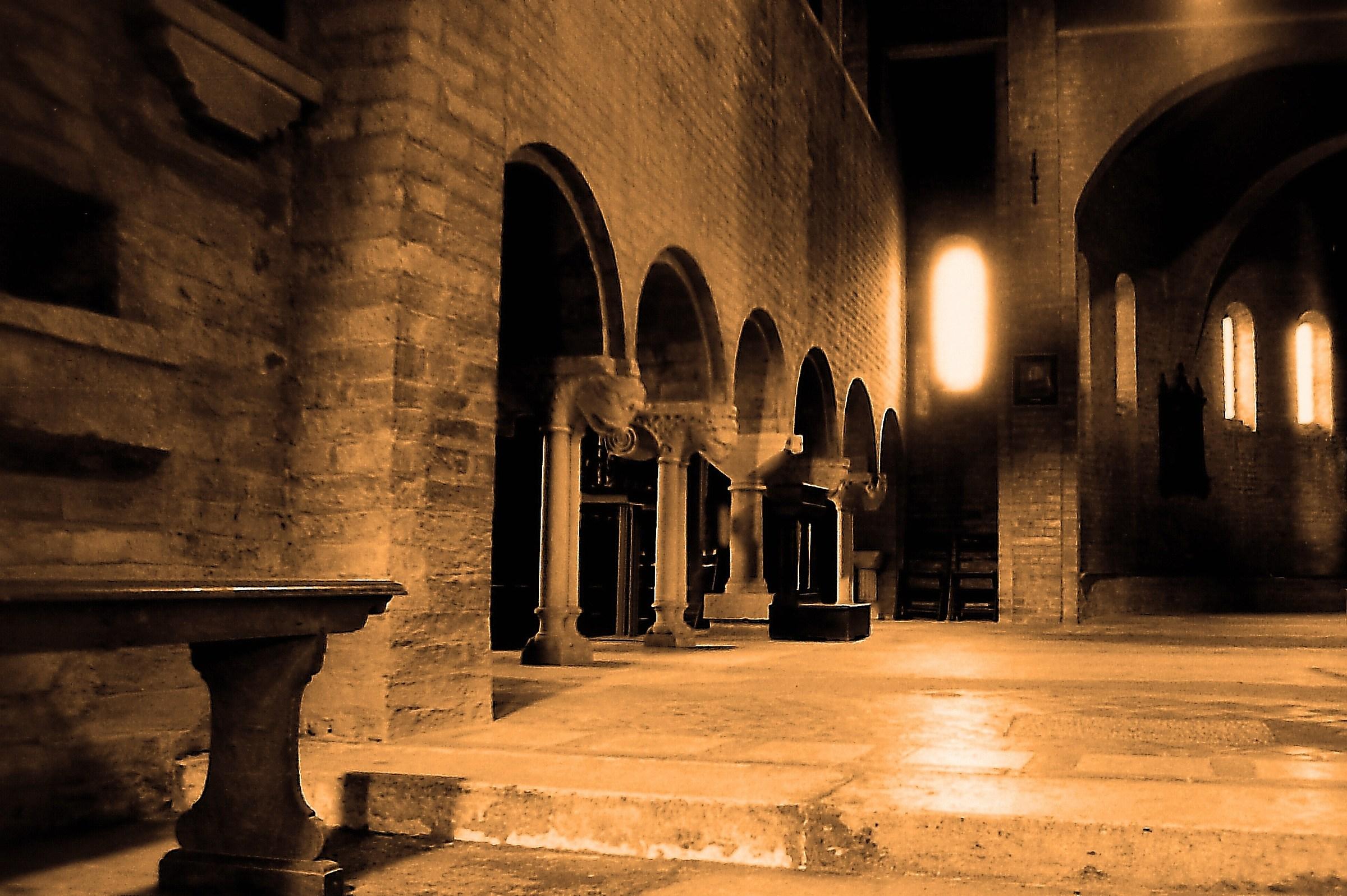 Pieve di Santa Maria della Neve 1044-2012, navata sx...