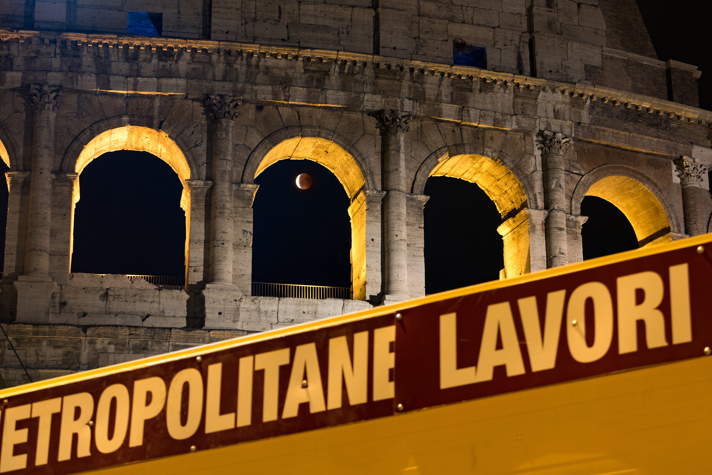 Lunar eclipse and Metro C jobs at the Colosseum...