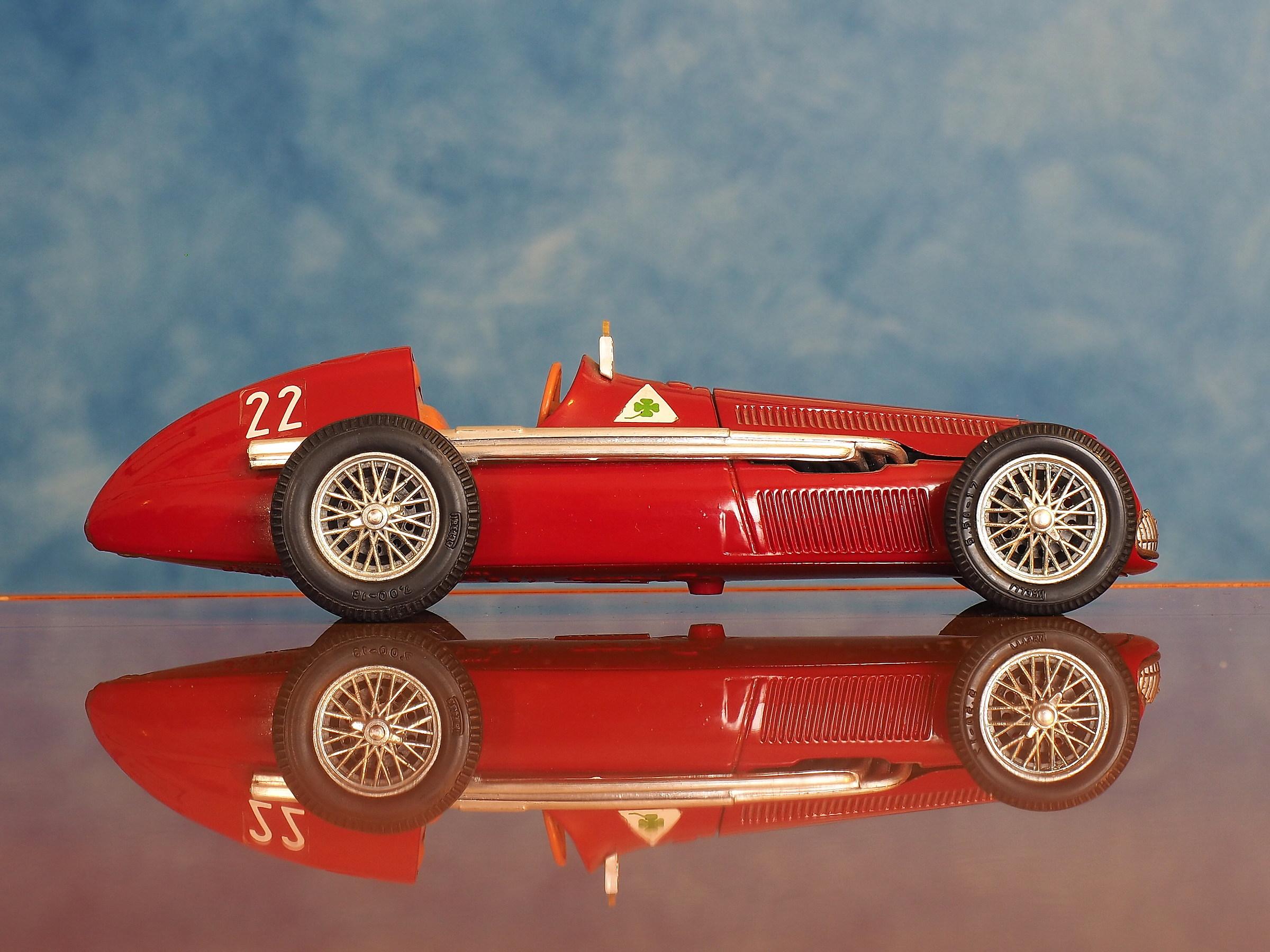 Alfa Romeo 159 (Formula 1-1950)...