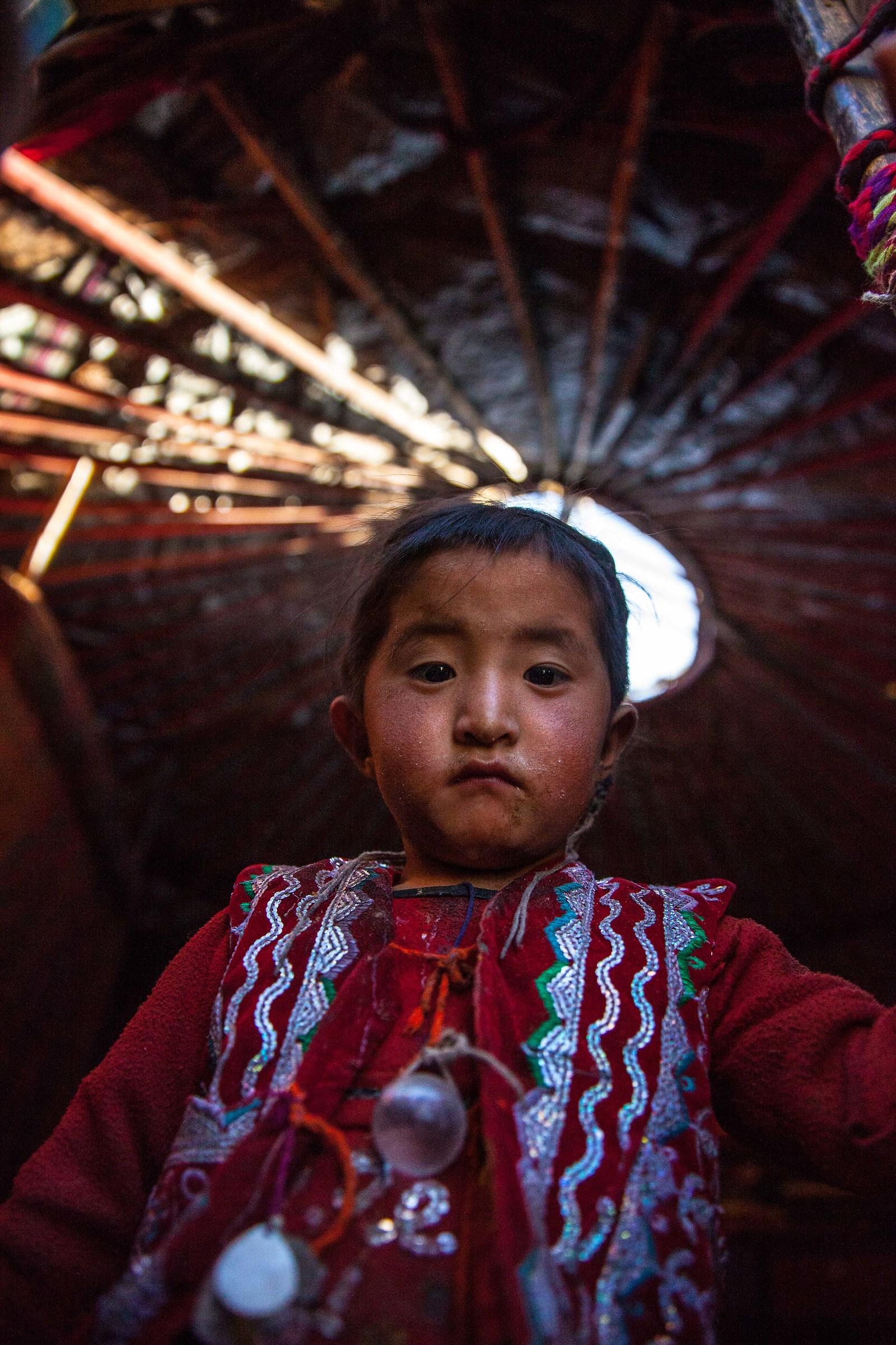 Kirgyz girl, Little Pamir, Afghanistan...