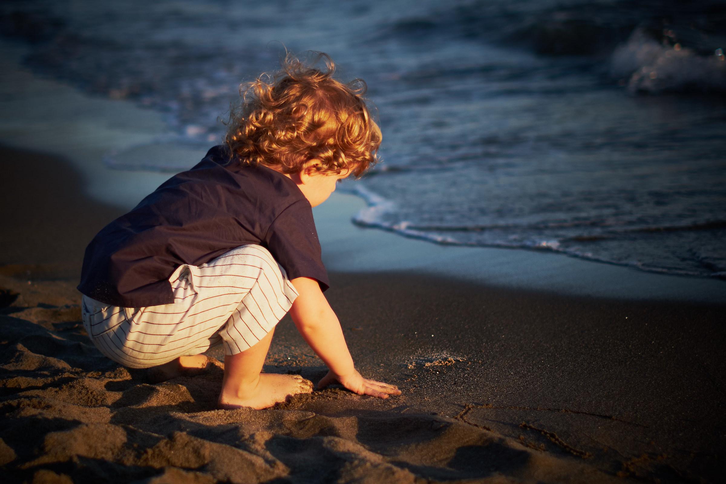 """""""Voglio travasare il mare in questa mia buca...""""..."""