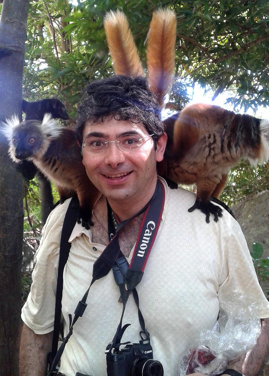 Il fotografo con le orecchie da lemure...