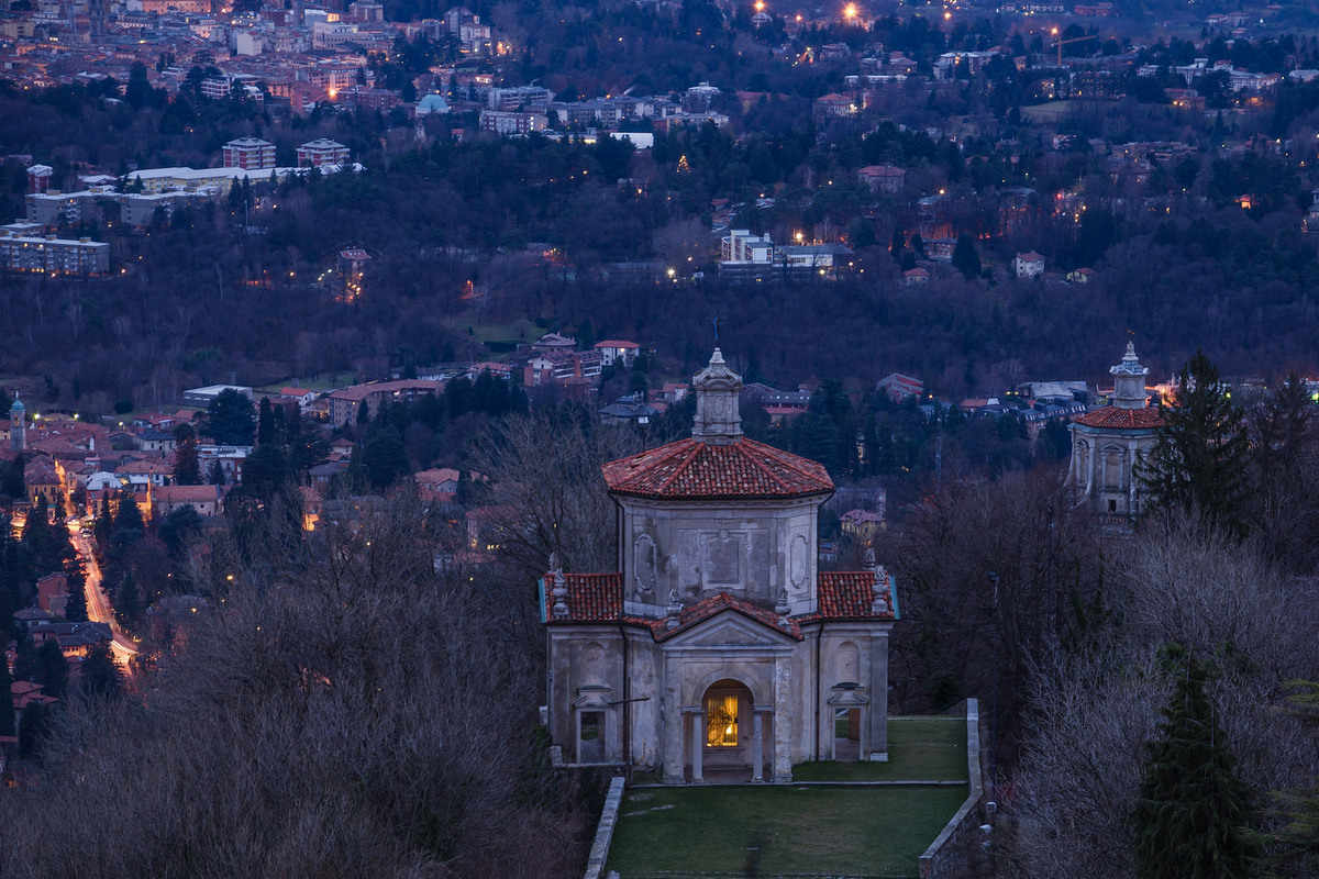 Varese-under the protection of the sacred mountain...