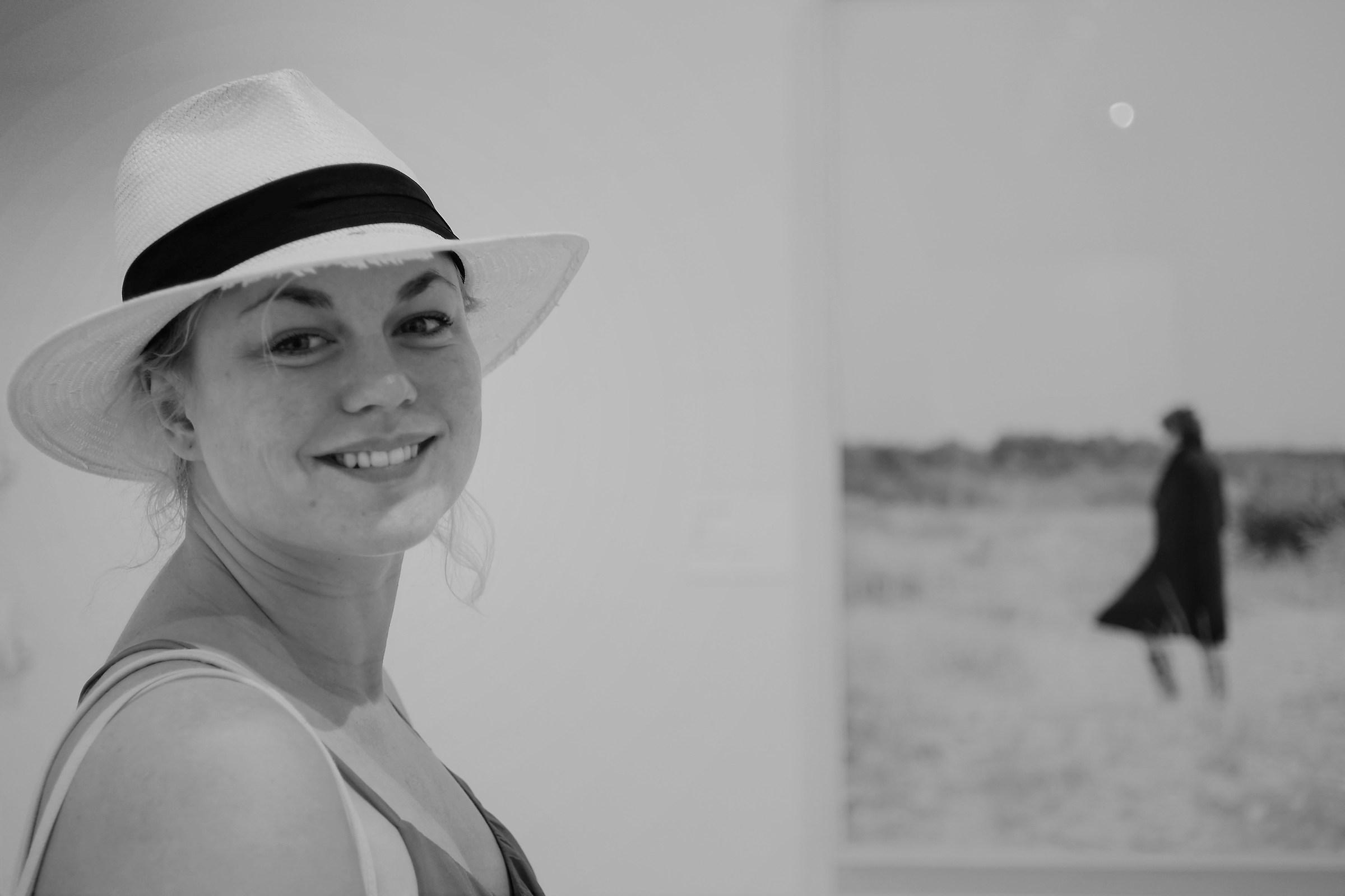 Il sorriso e il cacciatore e la luna (nel quadro)...