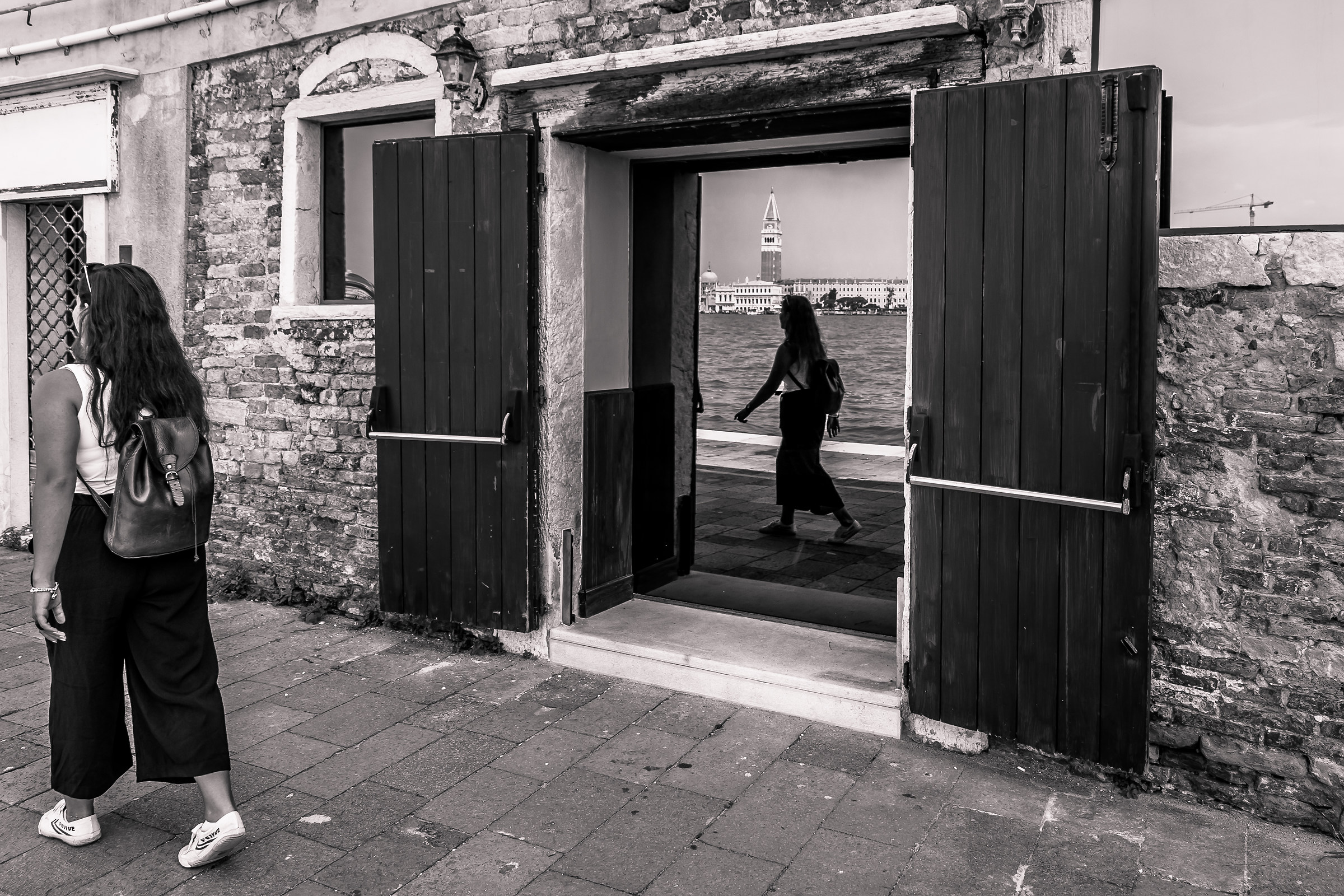 A door on the grand Canal...