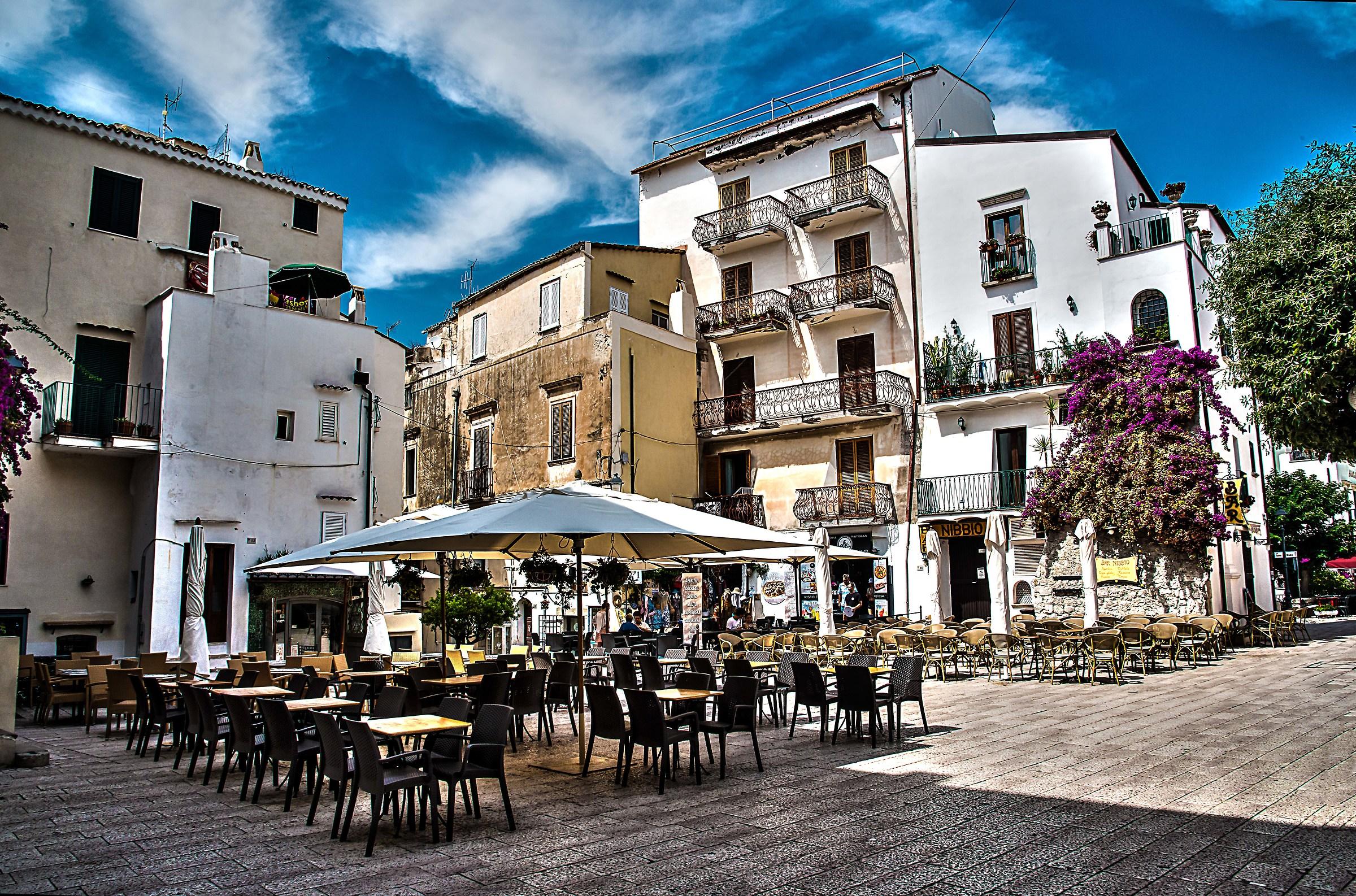 The square of Sperlonga...