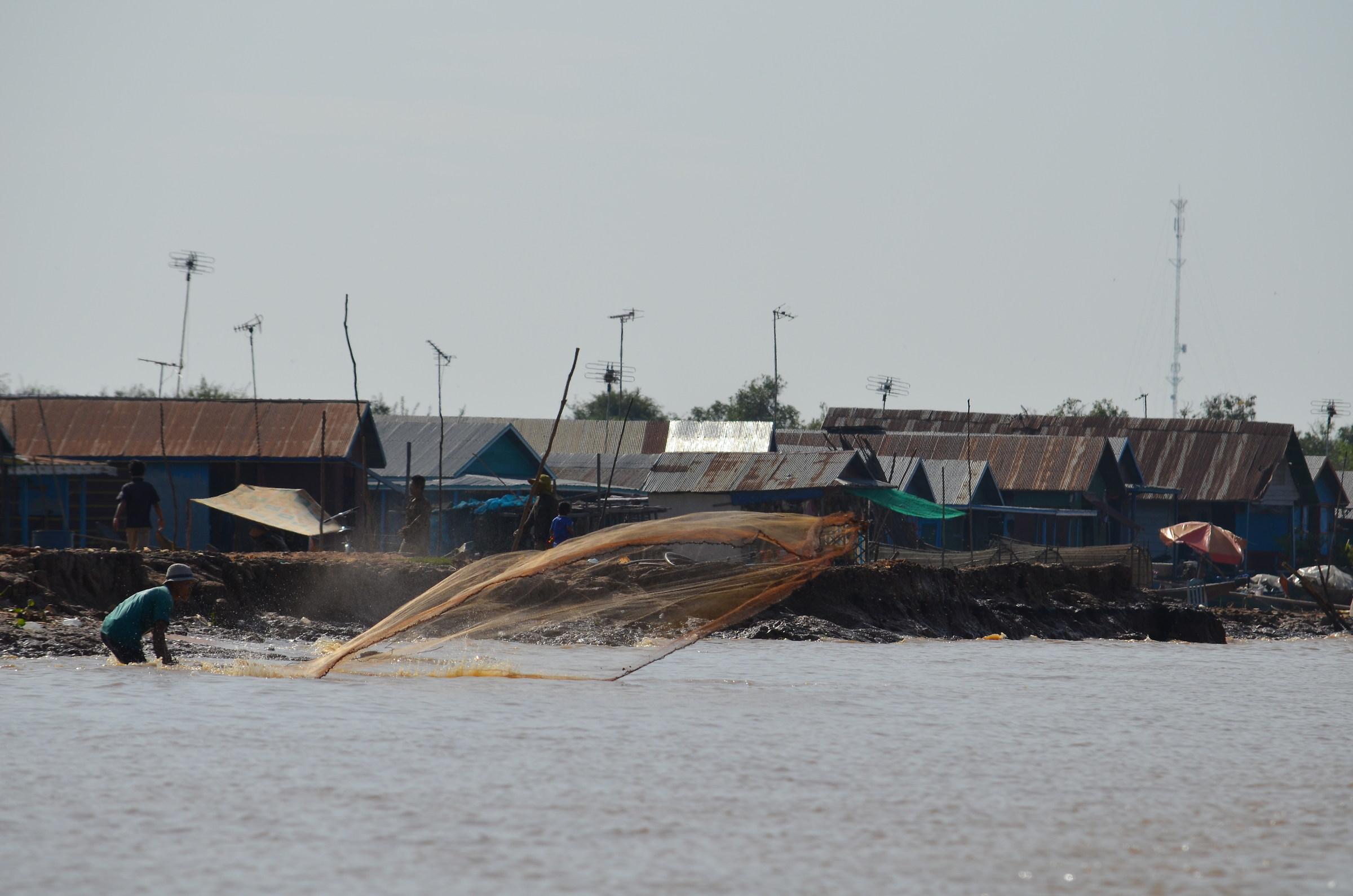 Fishing on Tonle Sap Lake...
